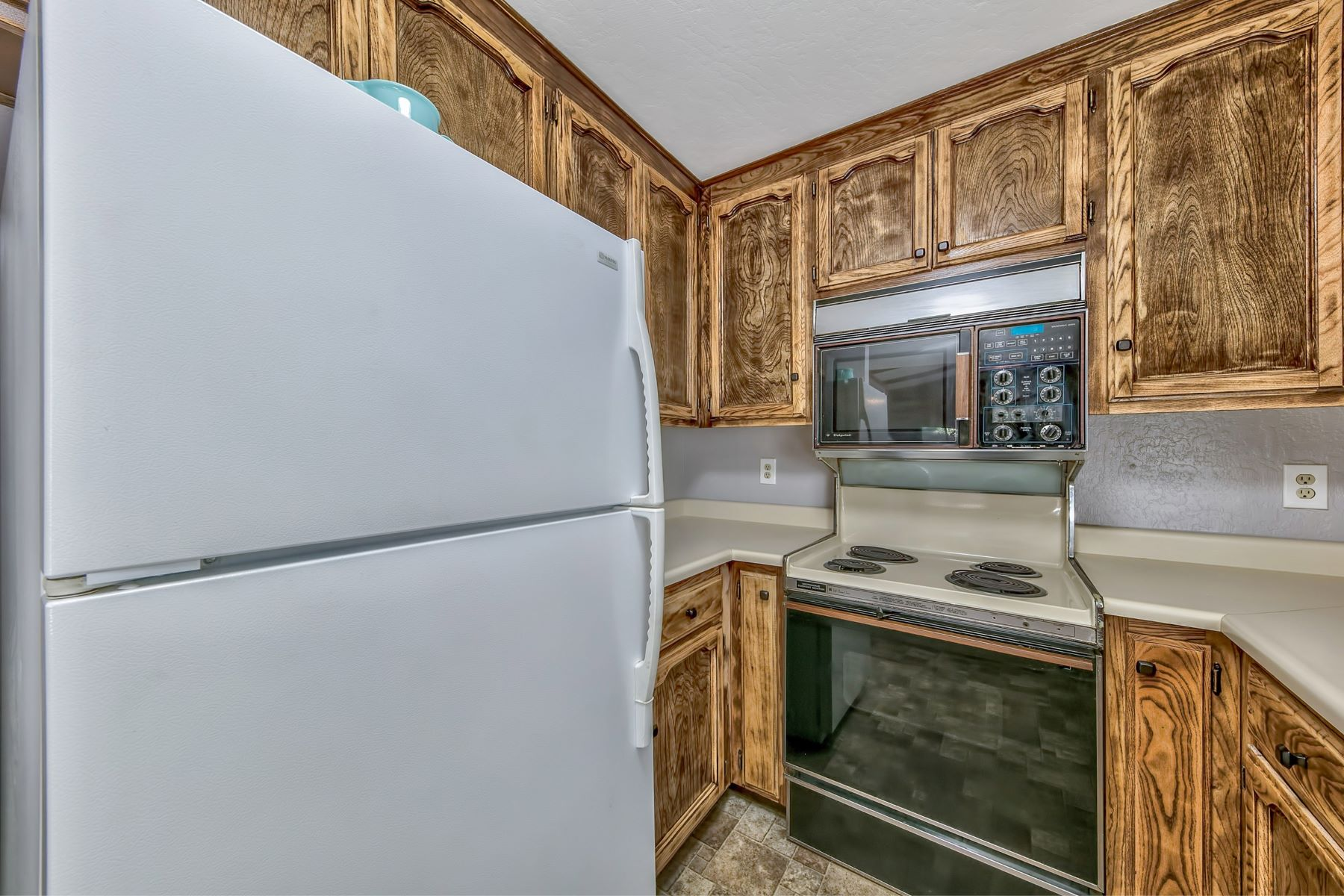 Additional photo for property listing at 167 Tramway Drive, Unit B, Stateline, NV, 89449 167 Tramway Dr. #B Stateline, Nevada 89449 United States