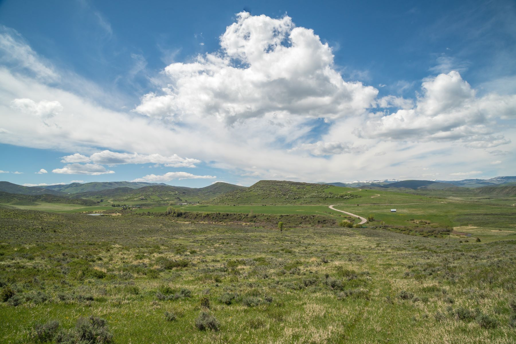 Terrain pour l Vente à 200 Acres on County Road 33 TBD CR 33 Steamboat Springs, Colorado 80487 États-Unis