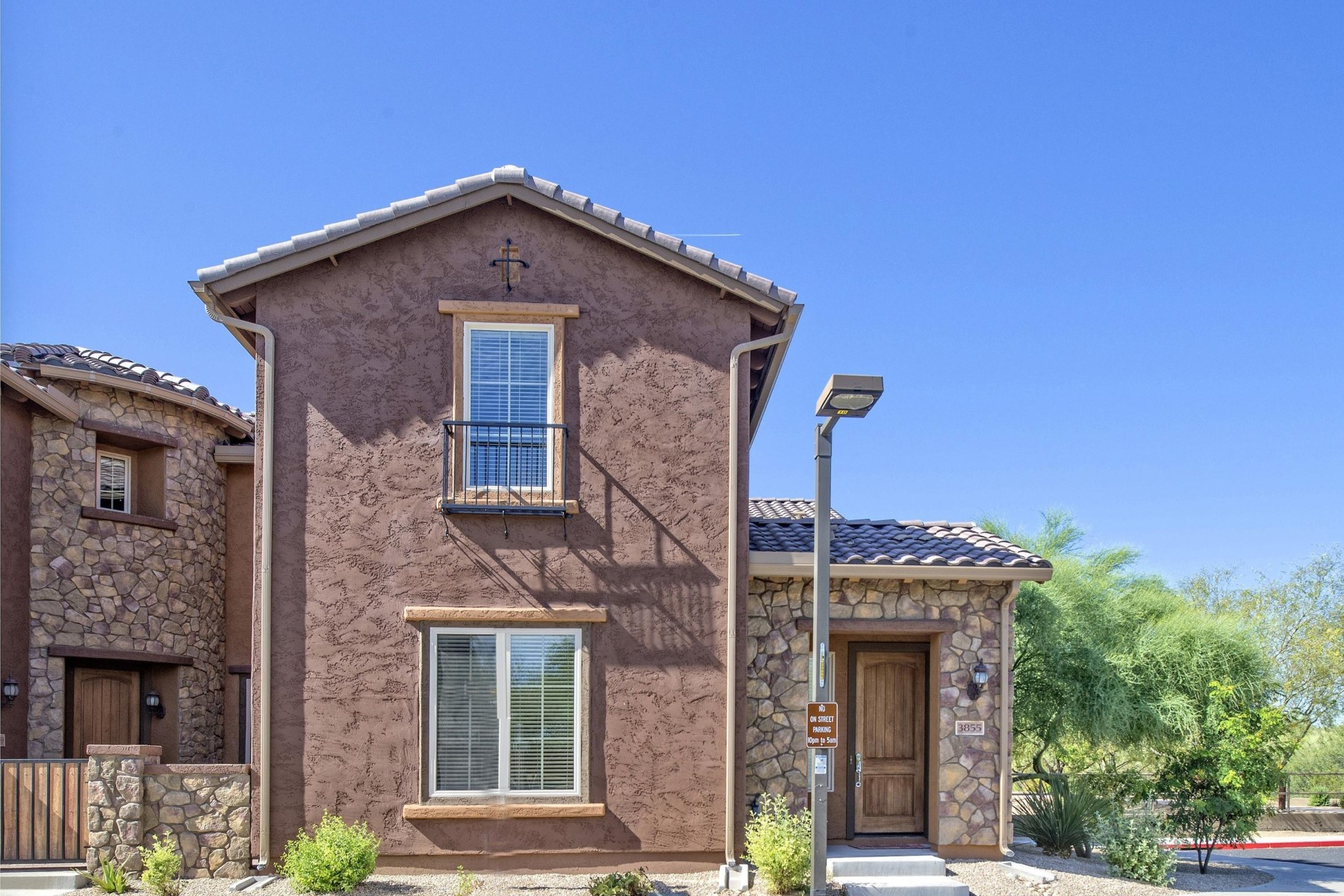 Townhouse for Sale at Beautiful Bora model townhome in Desert Ridge 3855 E Cat Balue Dr Phoenix, Arizona, 85050 United States