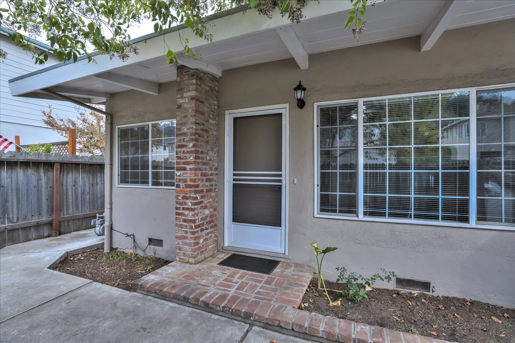 Multi-Family Home for Active at Centrally Located Apartment Building 179 Elm Street San Carlos, California 94070 United States