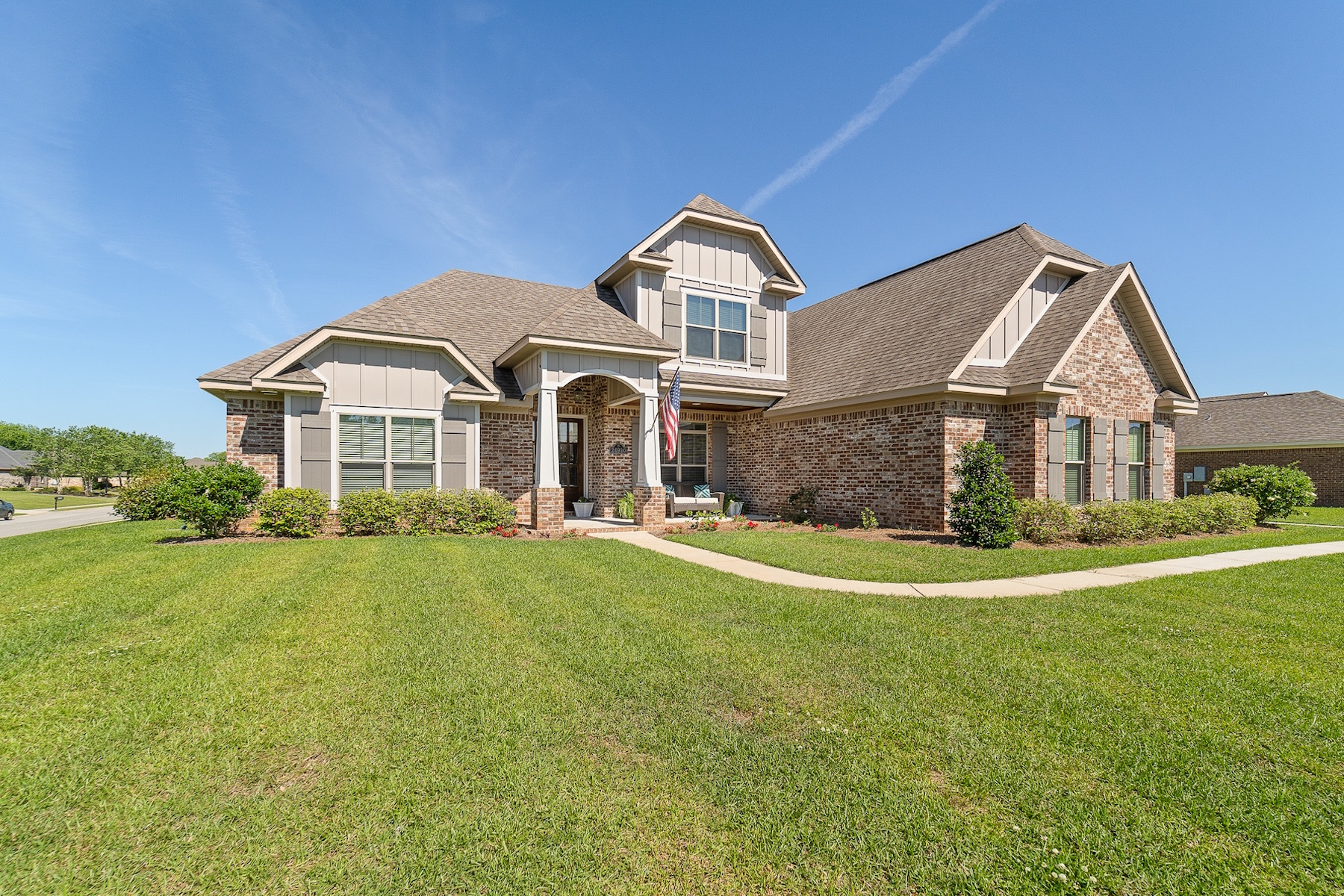 Single Family Home for Active at Waterford 24910 Planters Drive Daphne, Alabama 36526 United States