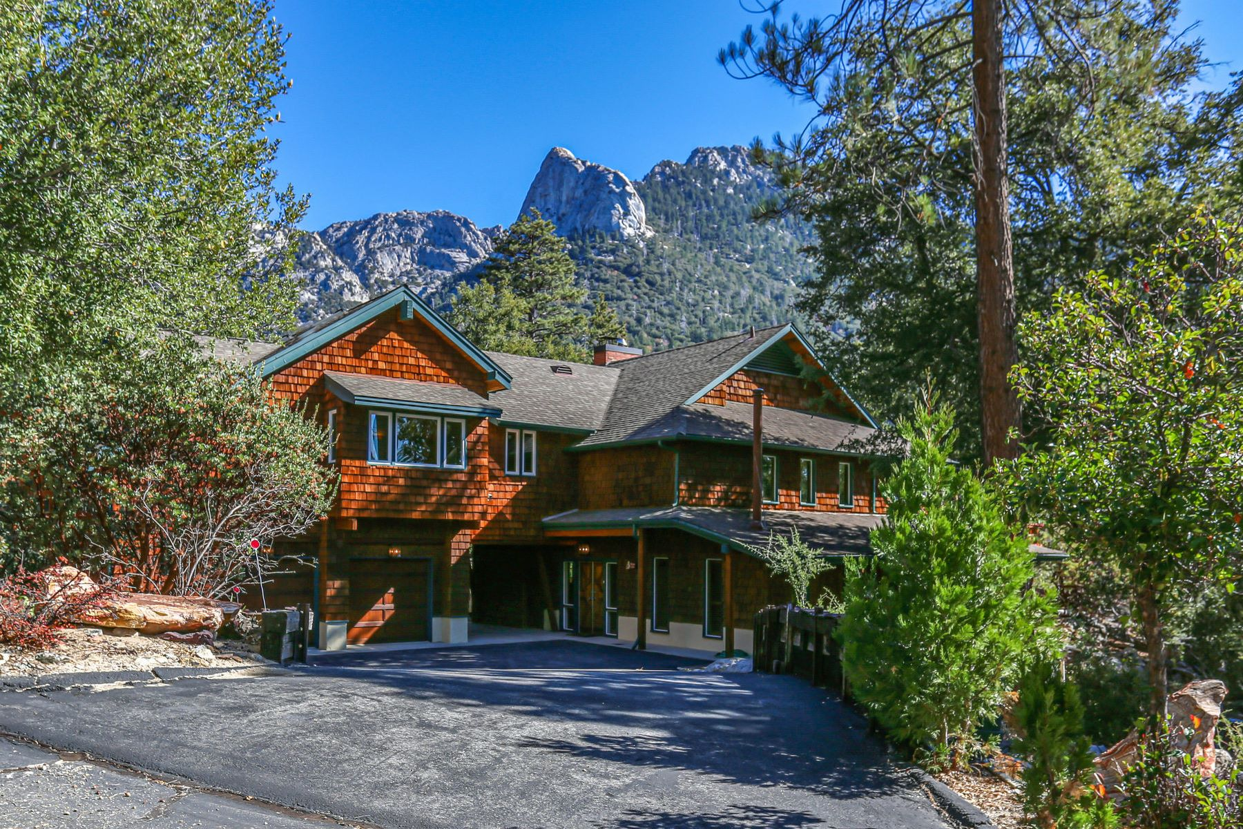 Single Family Homes for Sale at 54790 Forest Haven Drive Idyllwild, California 92549 United States
