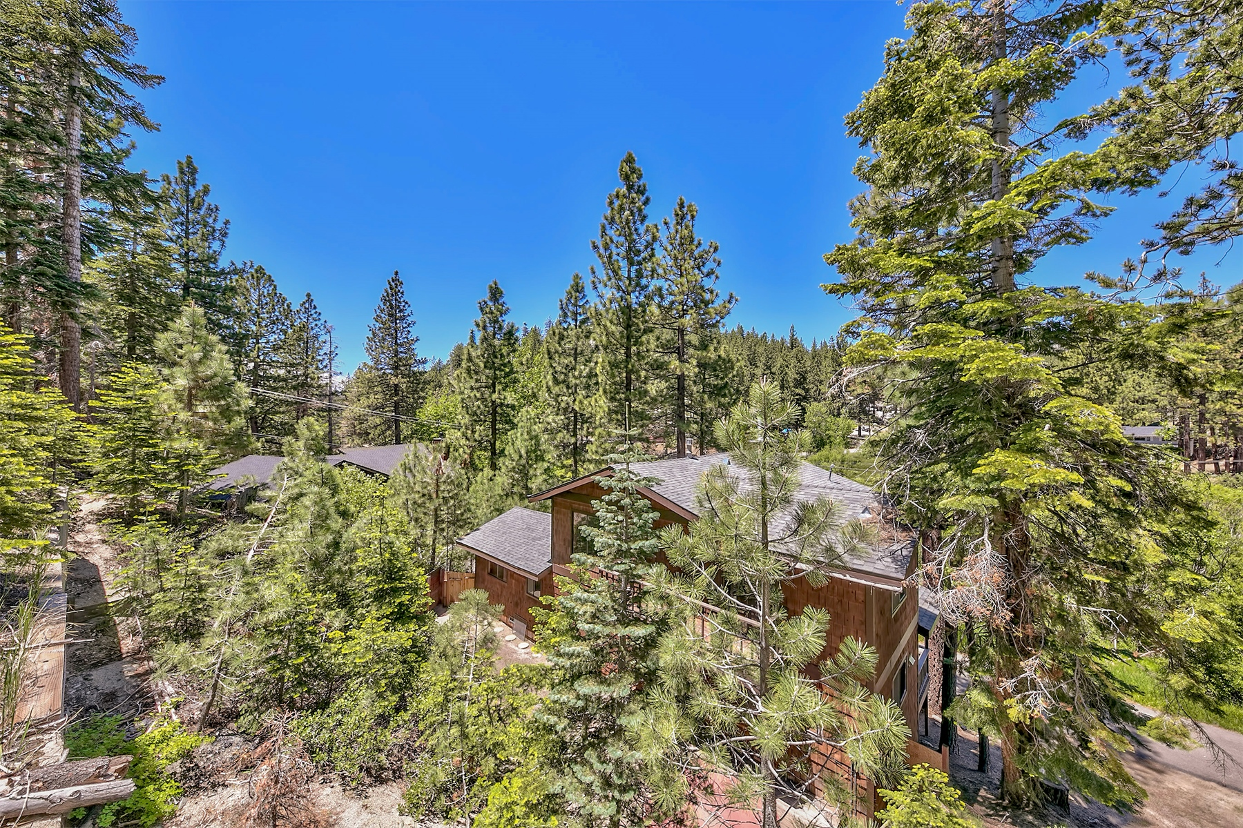 Additional photo for property listing at 563 Ansaldo Acres Road, Stateline,  NV 96150 563 Ansaldo Acres Road Stateline, Nevada 89449 United States