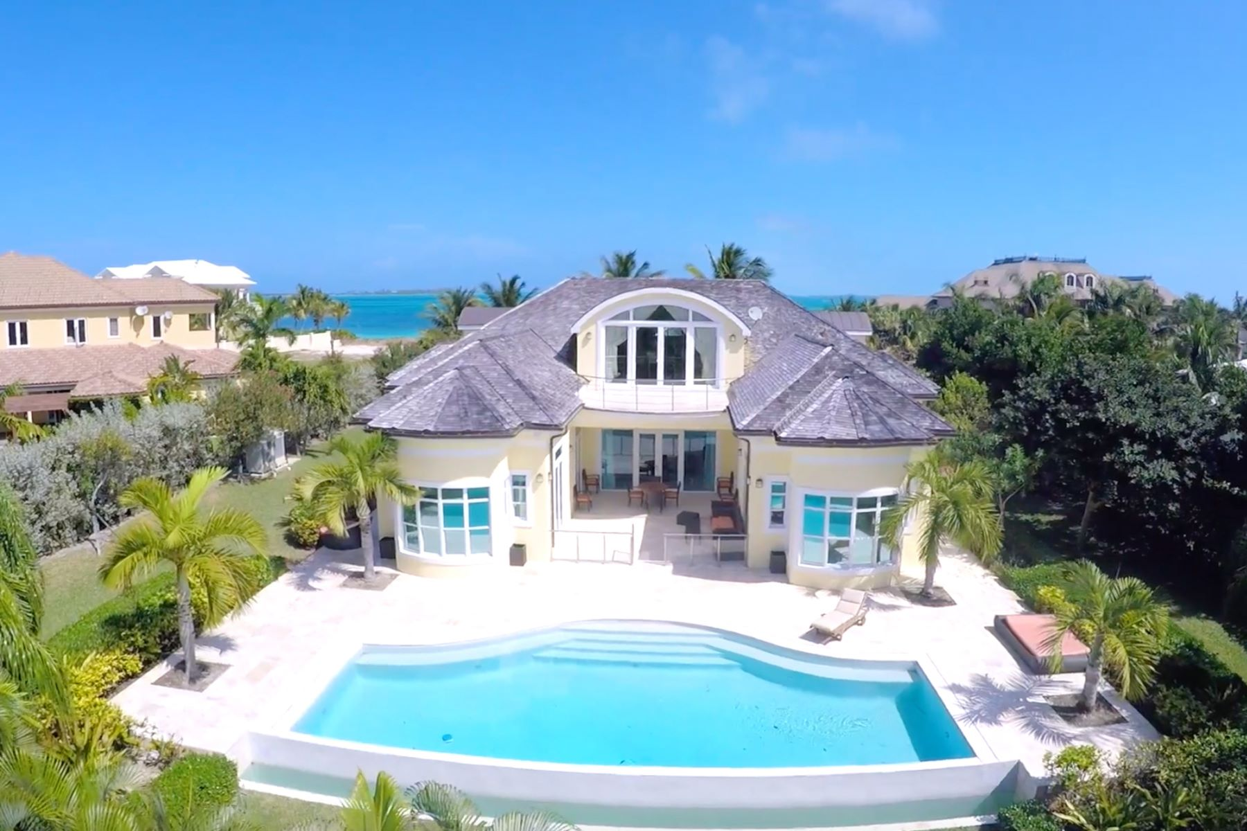 Single Family Home for Sale at Ocean Club Estates #22 Ocean Club Estates, Paradise Island, Nassau And Paradise Island Bahamas