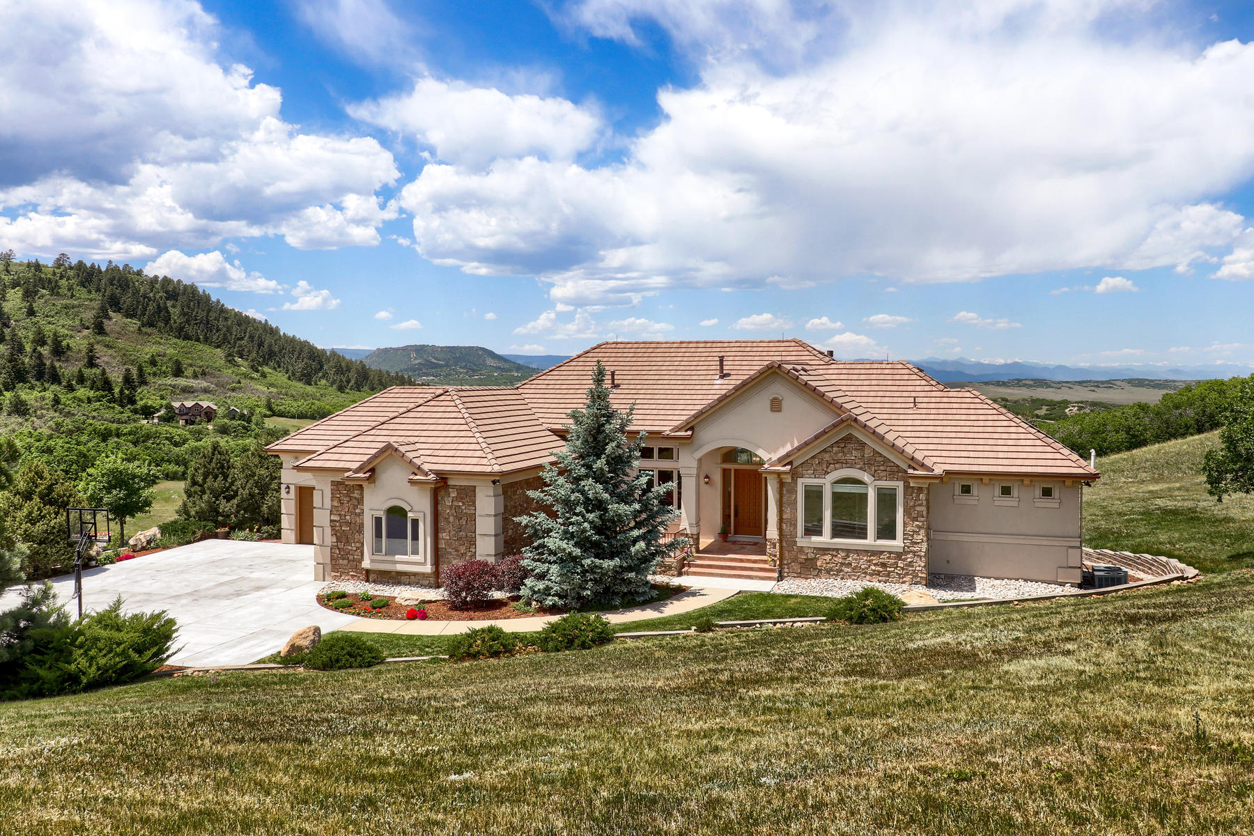 Property for Active at This elegant home embraces the beauty and serenity of its surroundings. 4601 High Spring Rd Castle Rock, Colorado 80104 United States