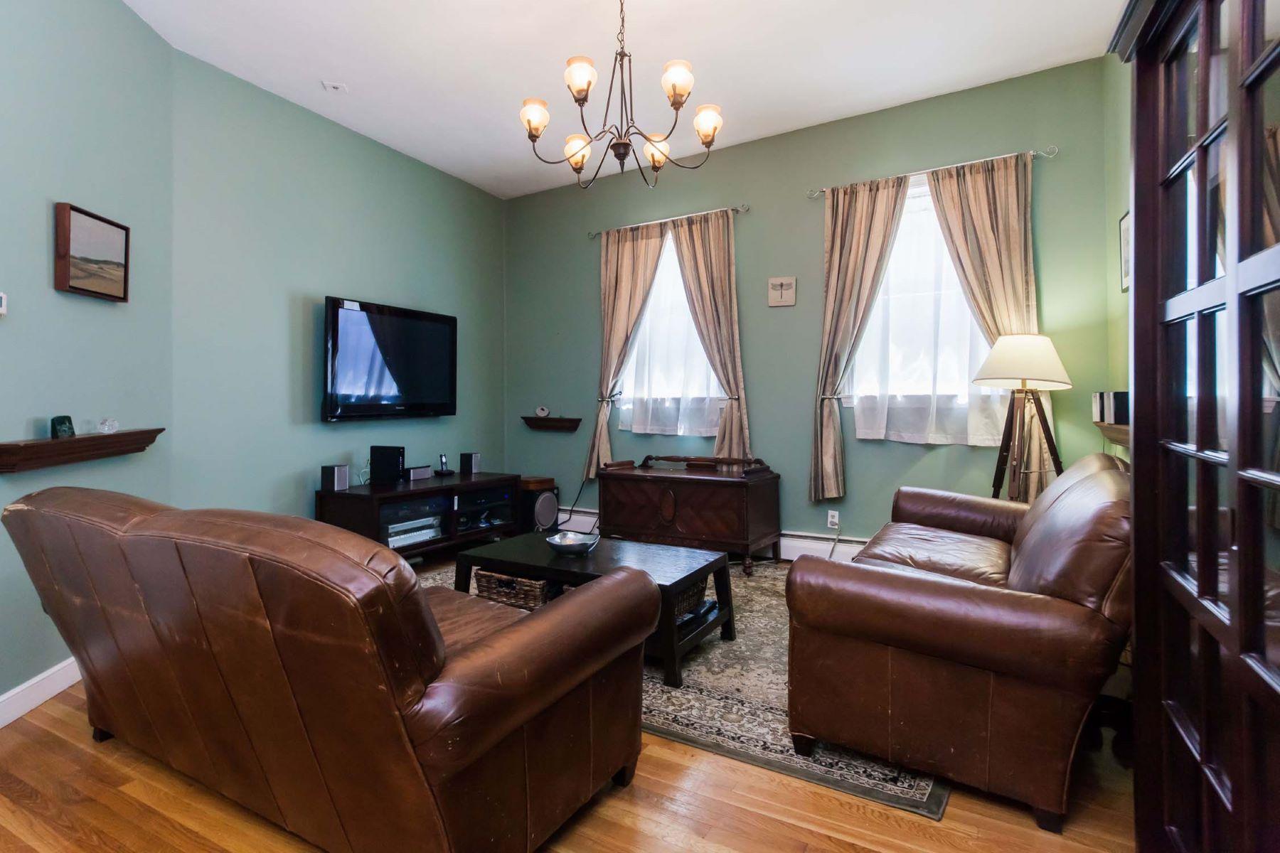 Kat Mülkiyeti için Satış at 250 North St - Unit 1, Boston 250 North Street - Unit 1 North End, Boston, Massachusetts, 02113 Amerika Birleşik Devletleri