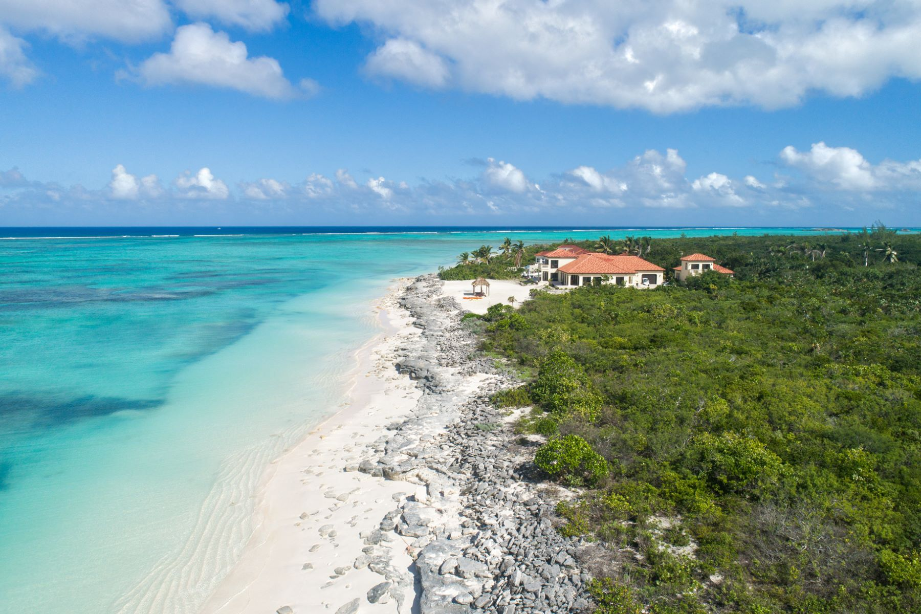 Additional photo for property listing at Jodo Villa - 7 Acre Estate Sandy Point, North Caicos Turks And Caicos Islands