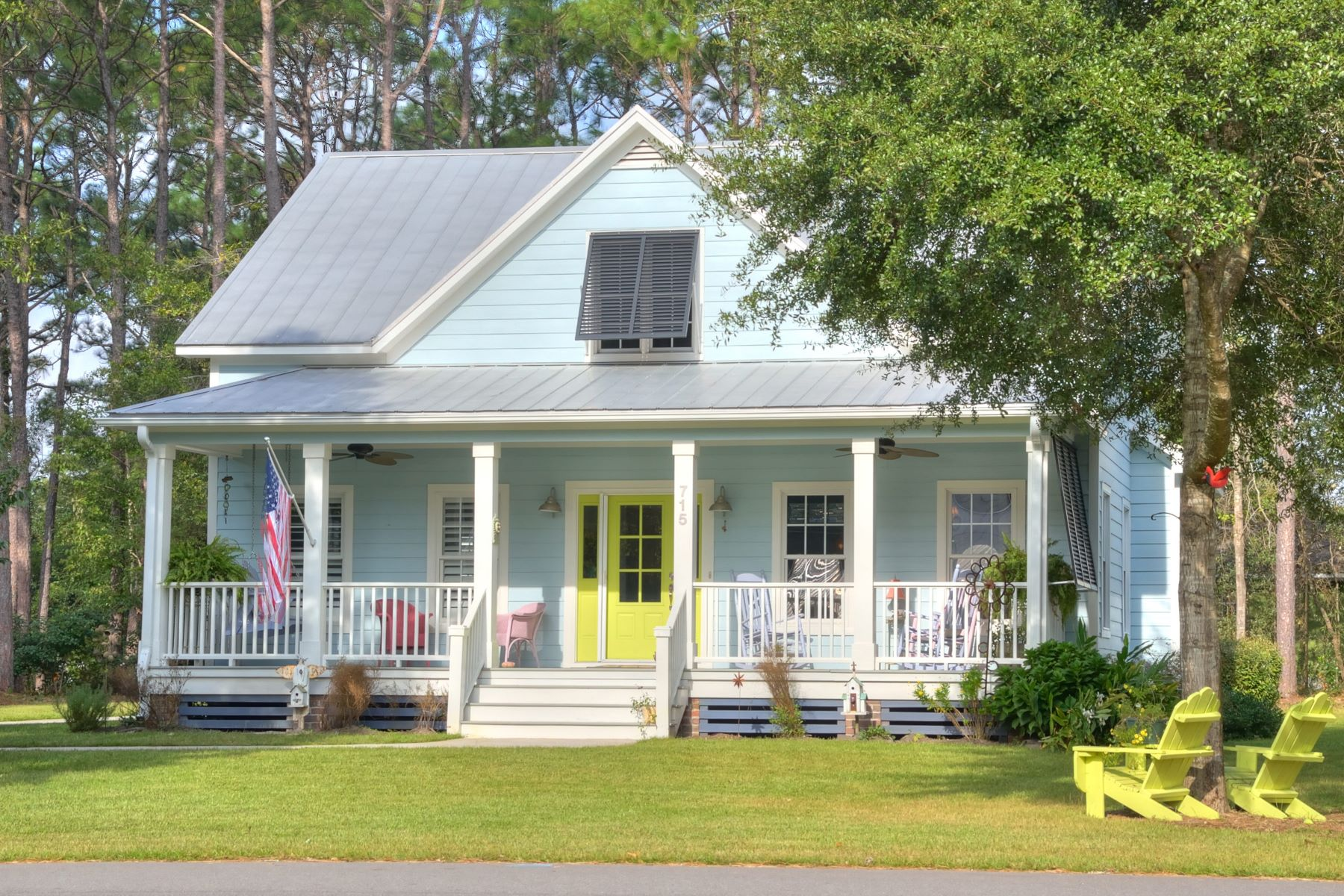 Single Family Home for Sale at In town living at it's finest! 715 E Longleaf Drive Southport, North Carolina 28461 United States