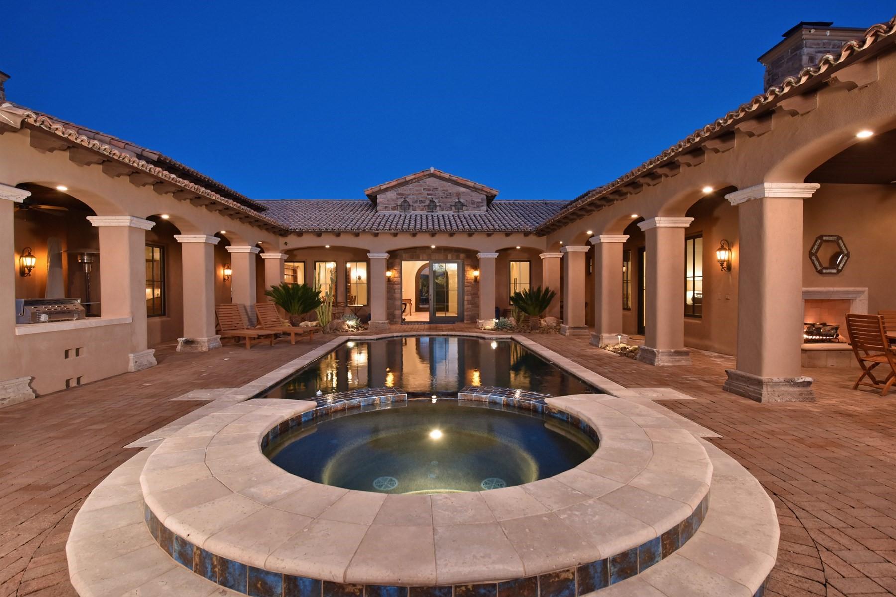 단독 가정 주택 용 매매 에 Beautiful Mediterranean style villa 36304 N 105th Way Scottsdale, 아리조나, 85262 미국