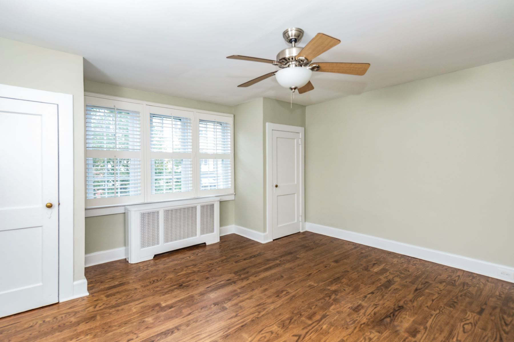 Additional photo for property listing at Location, Location, Location! 20 Witherspoon Street Apartment 1 Princeton, Nueva Jersey 08542 Estados Unidos