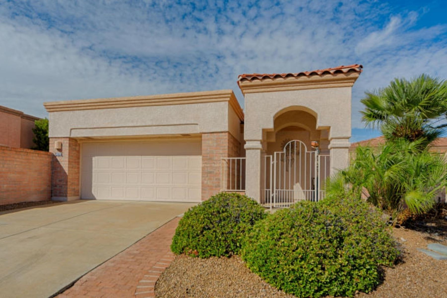 Maison unifamiliale pour l Vente à Golfers Delight 4370 S Golf Estates Drive Green Valley, Arizona 85622 États-Unis