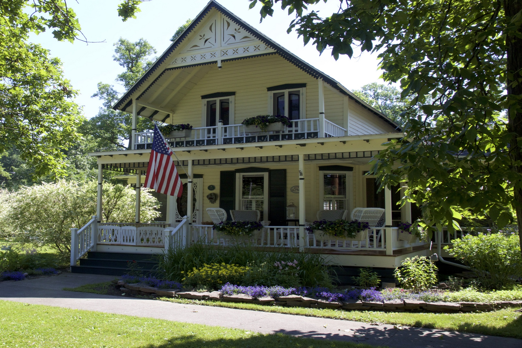 Single Family Homes for Sale at Cottage Sophistication 1756 St. Lawrence Ave. Orleans, New York 13692 United States