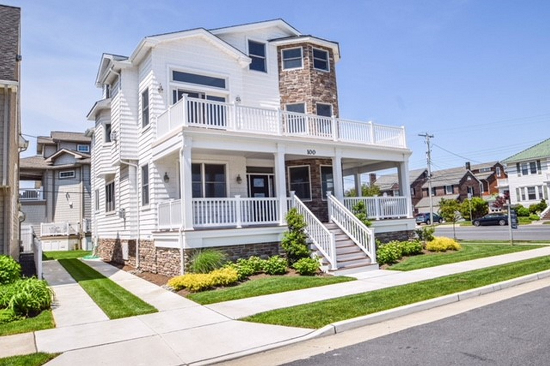 Single Family Home for Sale at 100 S Pembroke Ave Margate, New Jersey 08402 United States