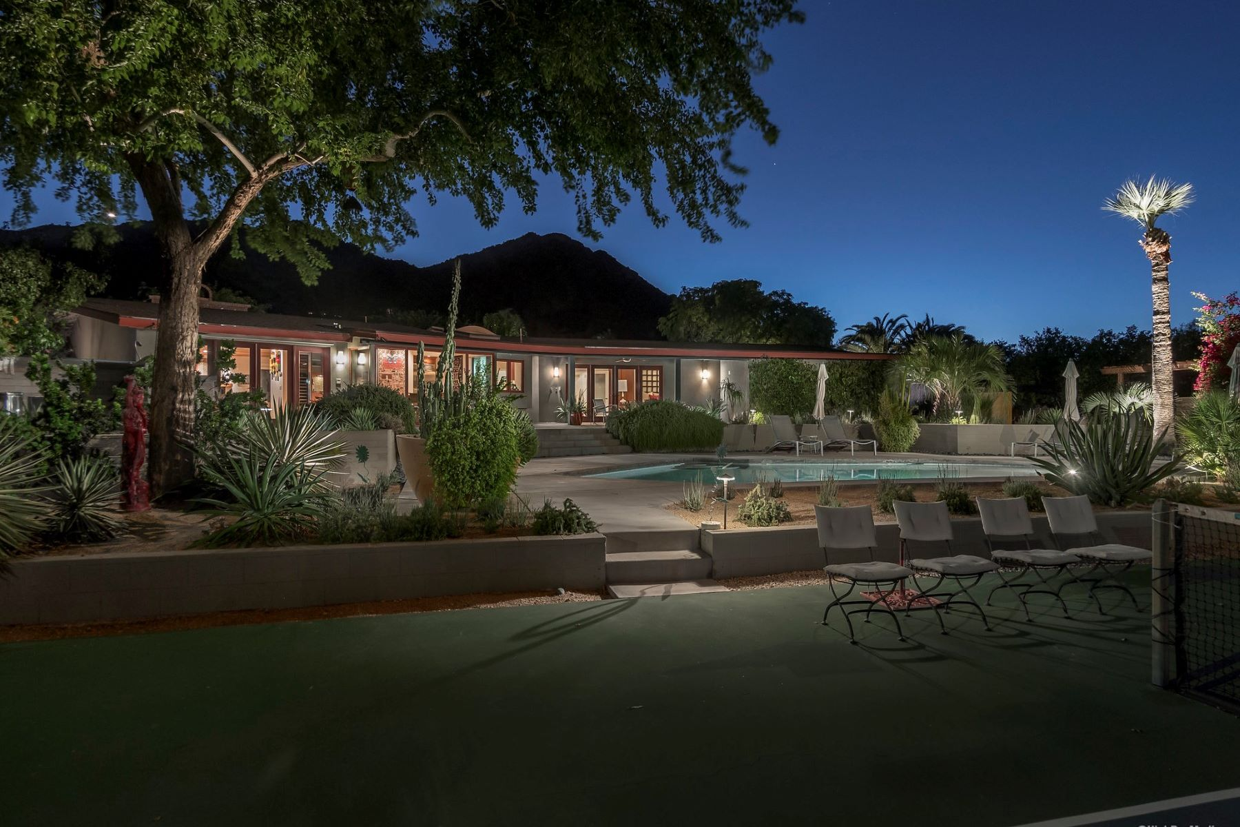 Single Family Home for Sale at A Mid Century Treasure 6330 E SAGE DR, Paradise Valley, Arizona, 85253 United States