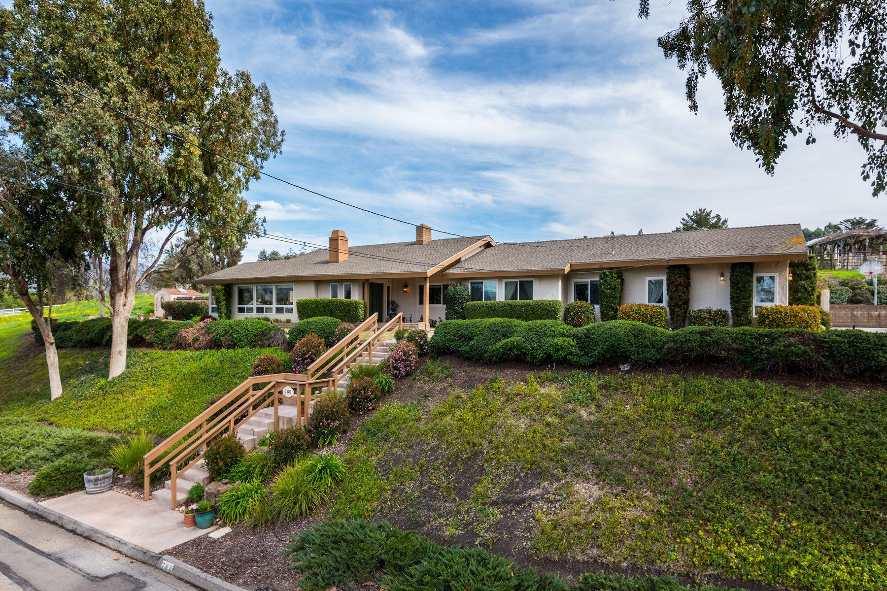 Частный односемейный дом для того Продажа на SLO Single Level Ranch-Style Home 280 Hacienda Ave, San Luis Obispo, Калифорния, 93401 Соединенные Штаты