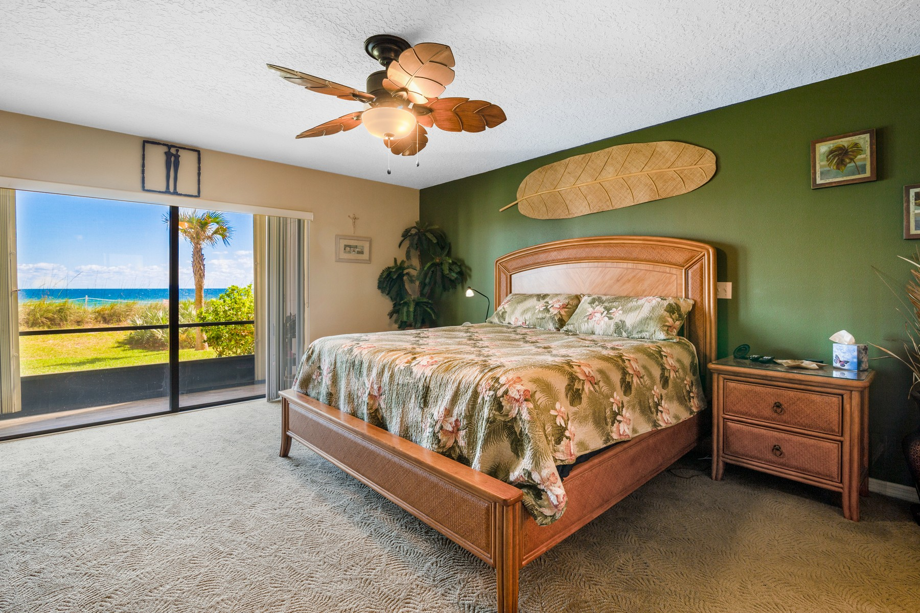 Additional photo for property listing at Pineda Crossing 175 Highway A1A Unit 108 Satellite Beach, Florida 32937 United States