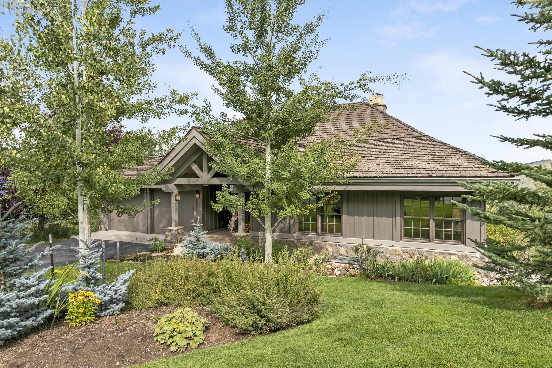 Single Family Homes のために 売買 アット Bentgrass Enclave Residence 36 Fairway Lane, Edwards, コロラド 81632 アメリカ