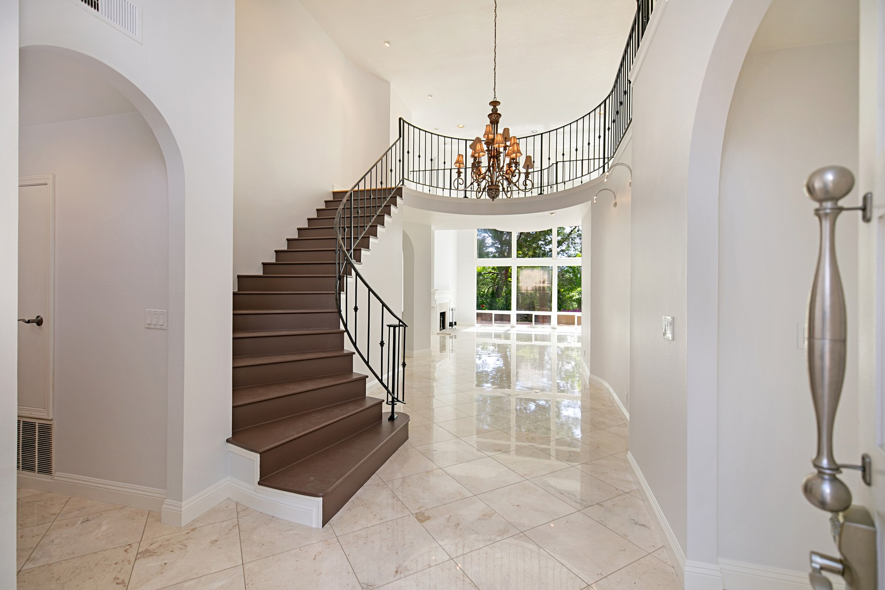 Single Family Homes for Active at 5 Rue Deauville Newport Beach, California 92660 United States