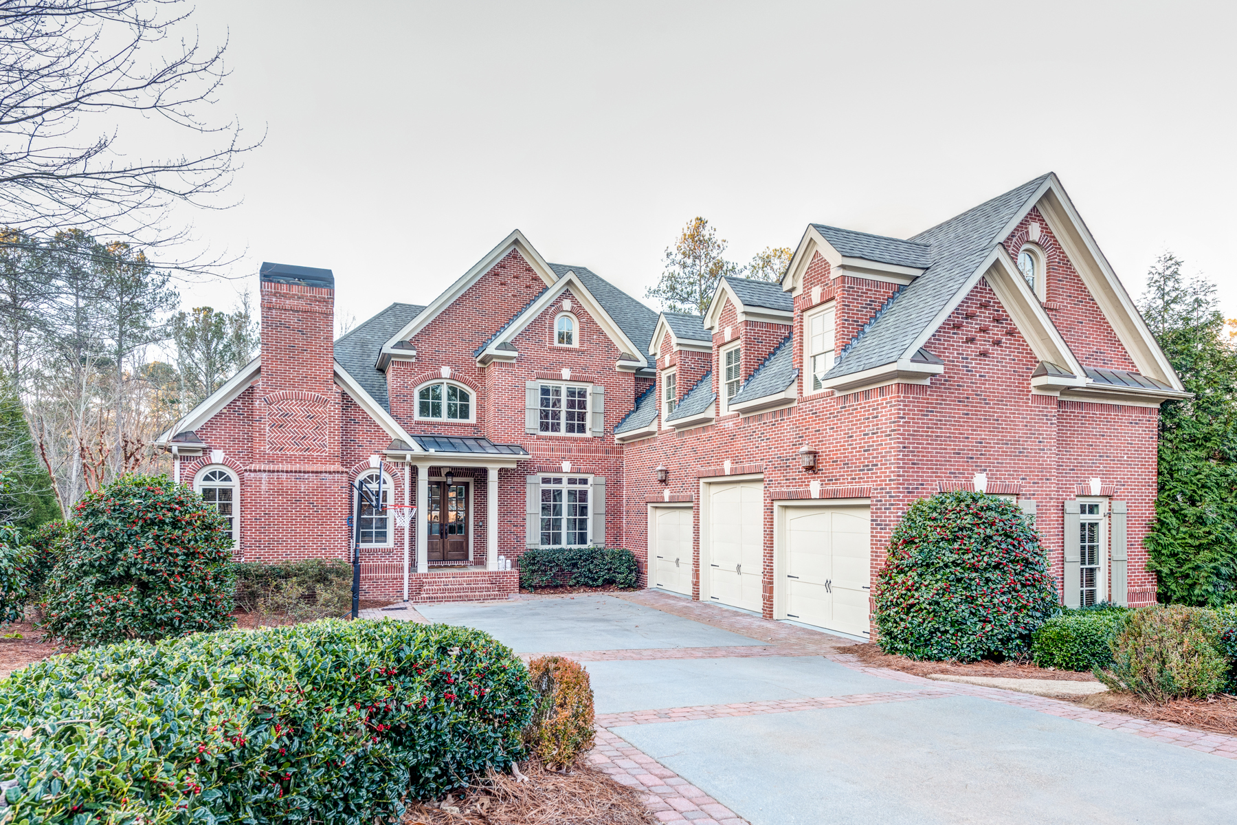 Casa Unifamiliar por un Venta en Gated Golf Course Community 6135 Talmadge Run NW Acworth, Georgia, 30101 Estados Unidos