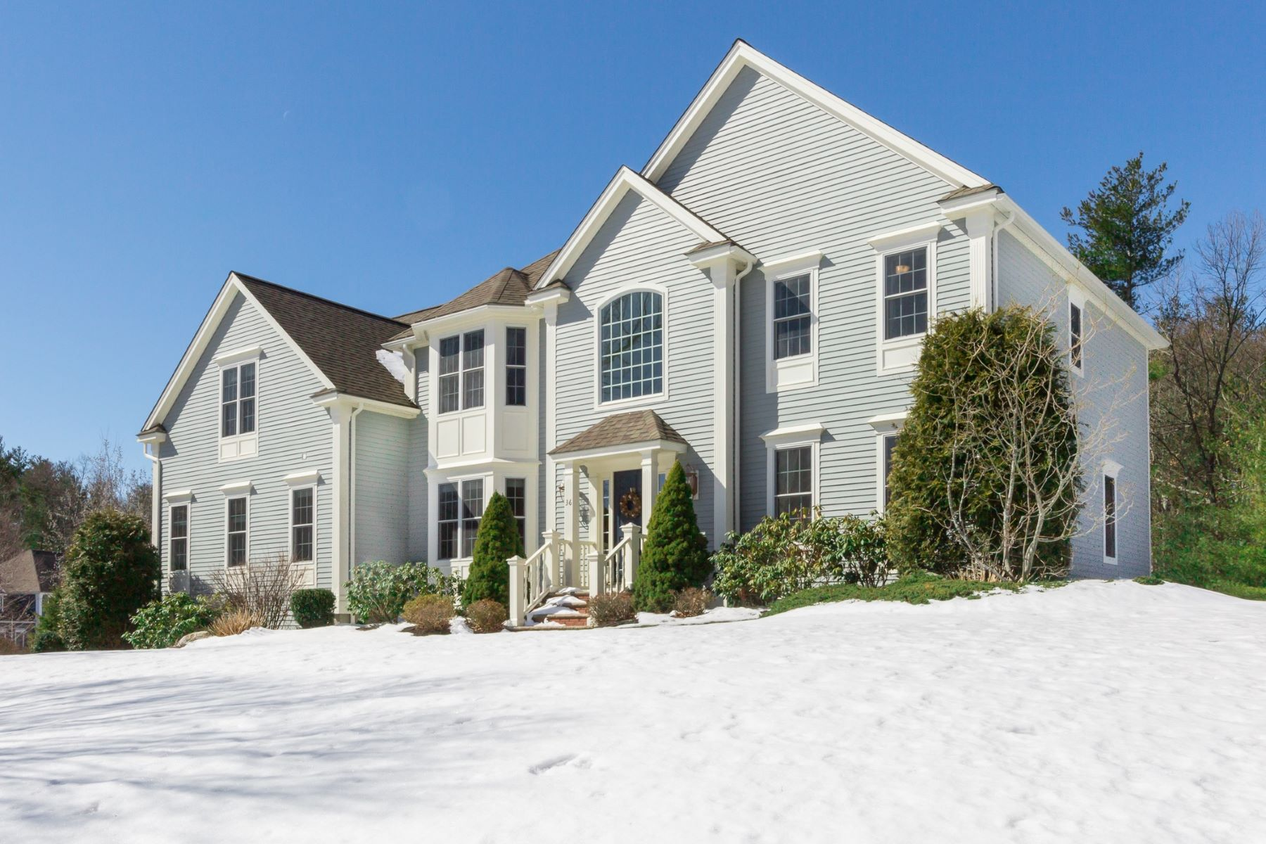 Single Family Home for Sale at Pristine and Sunny Colonial 36 Robinson Drive Bedford, Massachusetts 01730 United States