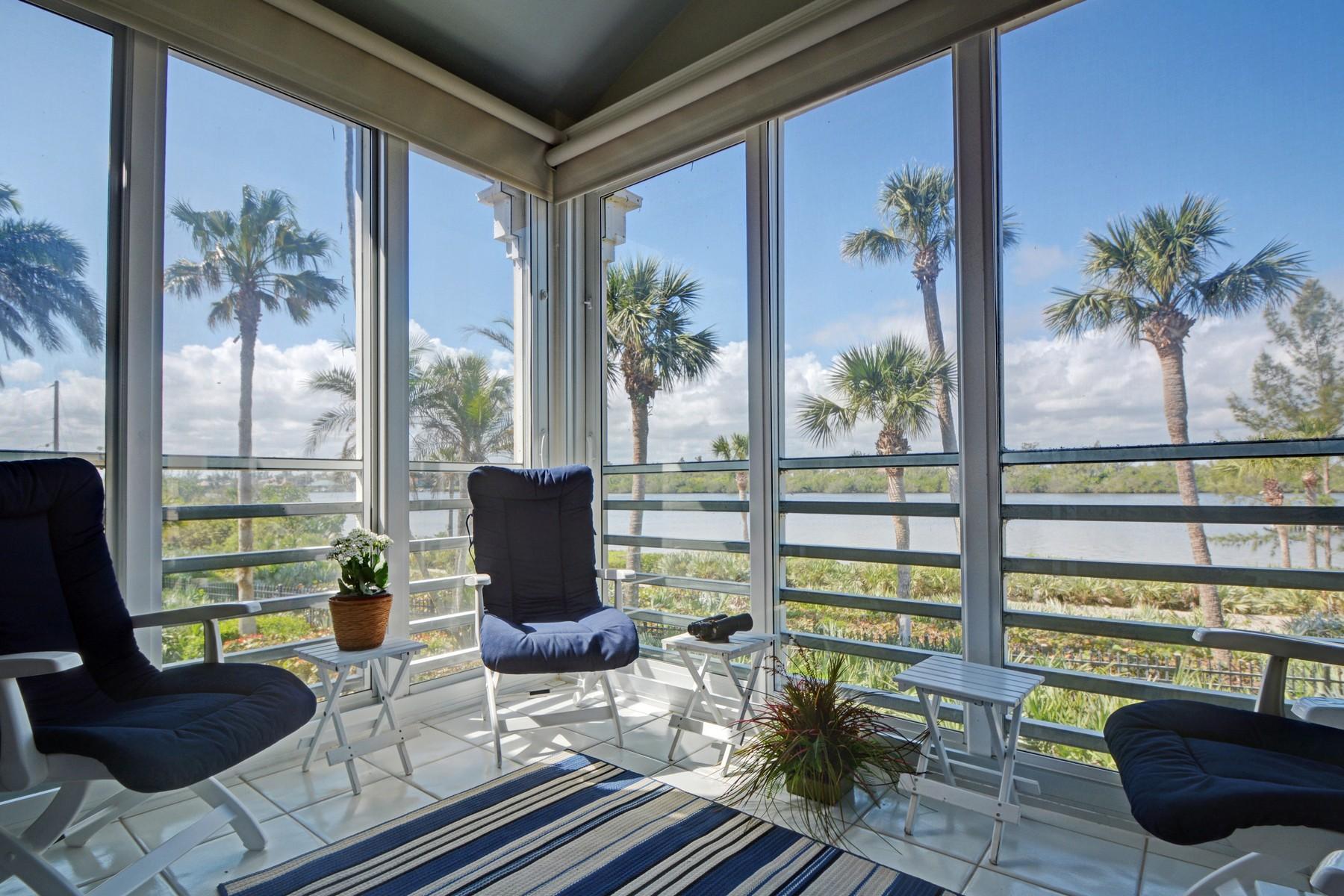 共管式独立产权公寓 为 销售 在 Sea Oaks Lakeside Villa 8725 Lakeside Boulevard #306, 维罗海滩, 佛罗里达州, 32963 美国