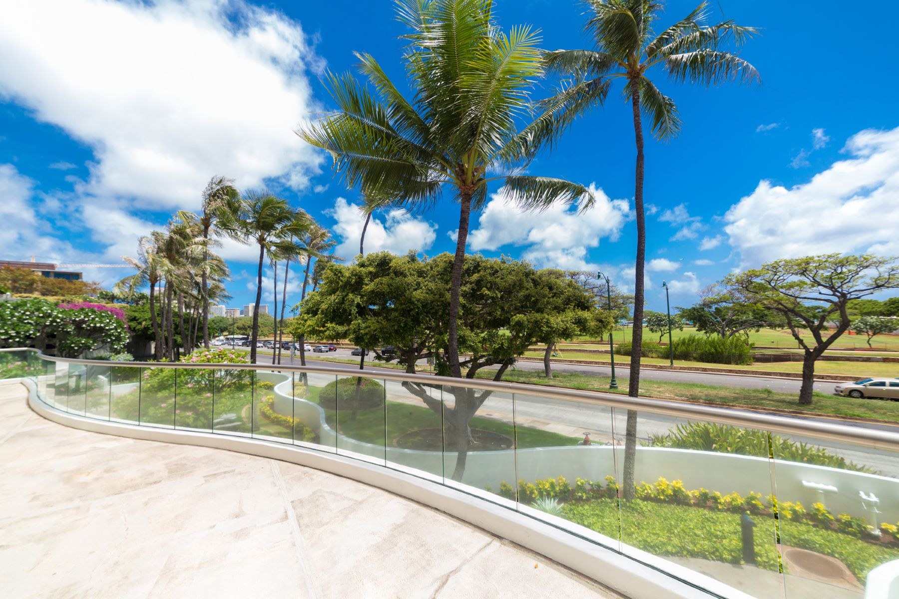 Additional photo for property listing at Ocean Views in Nauru Tower 1330 Ala Moana Boulevard #2803 Honolulu, Hawaii 96814 United States