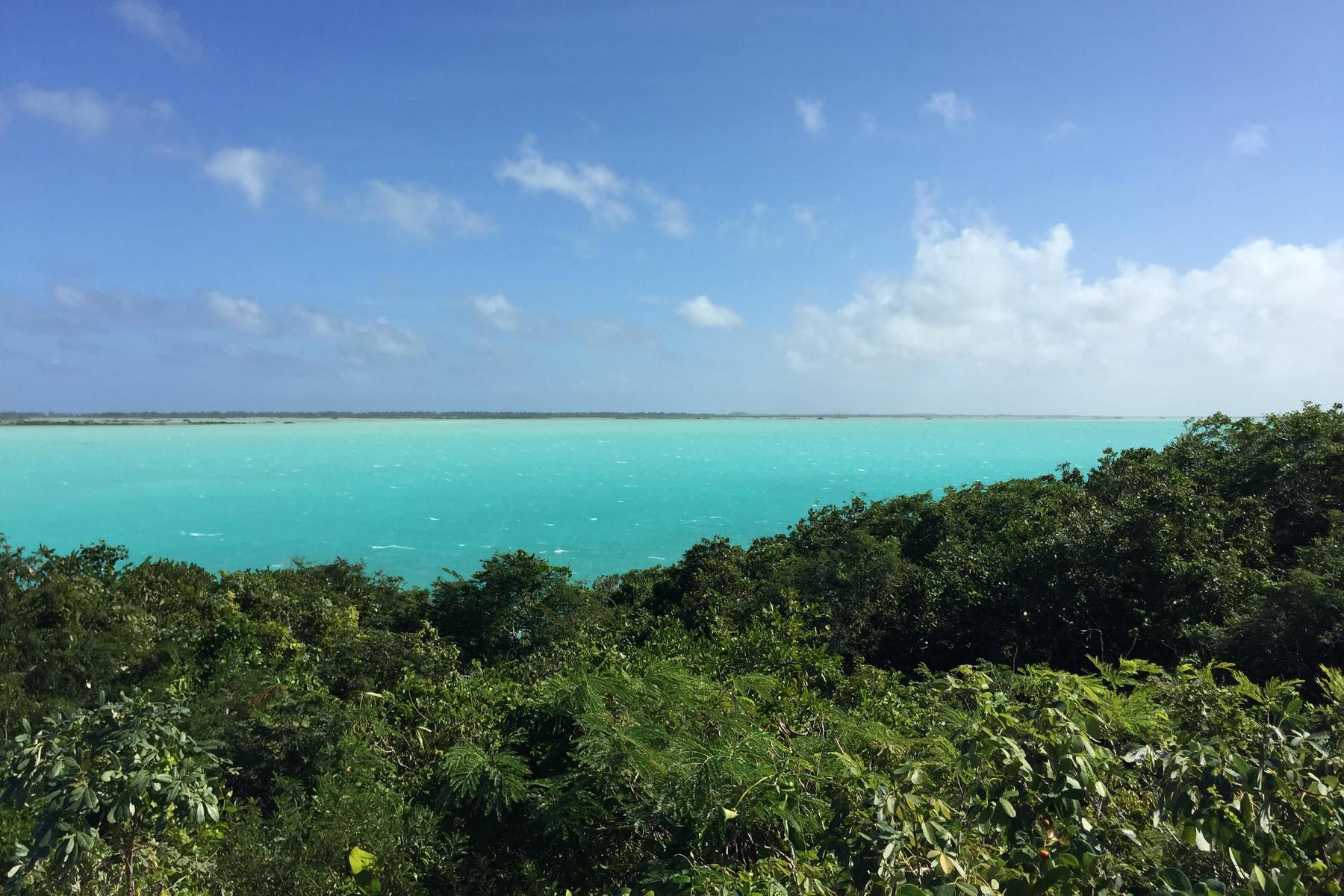 Additional photo for property listing at NORTH CAICOS WATERFRONT Waterfront Bottle Creek, 北凯科斯 TKCA 1ZZ 特克斯和凯科斯群岛