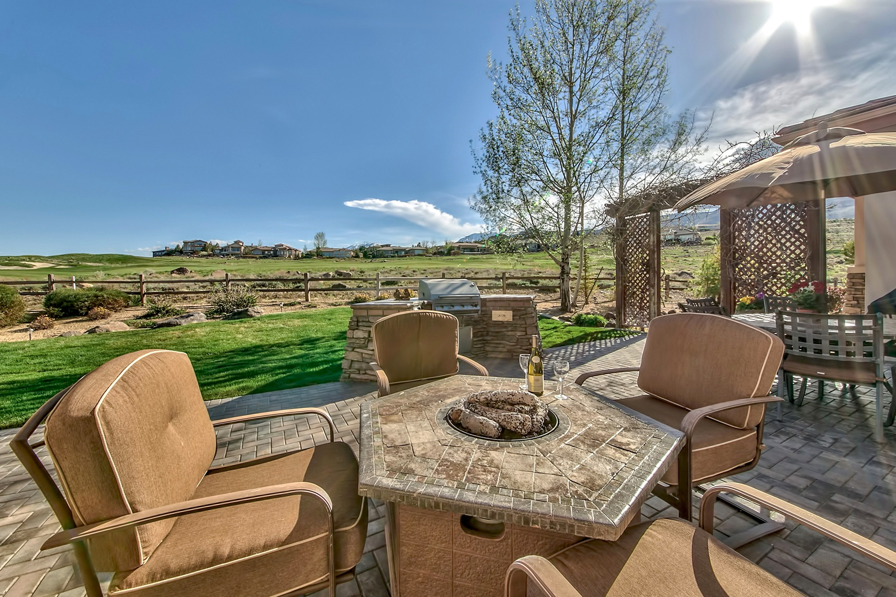 獨棟家庭住宅 為 出售 在 10148 Indian Ridge Drive Reno, NV Reno, 內華達州 89511 美國