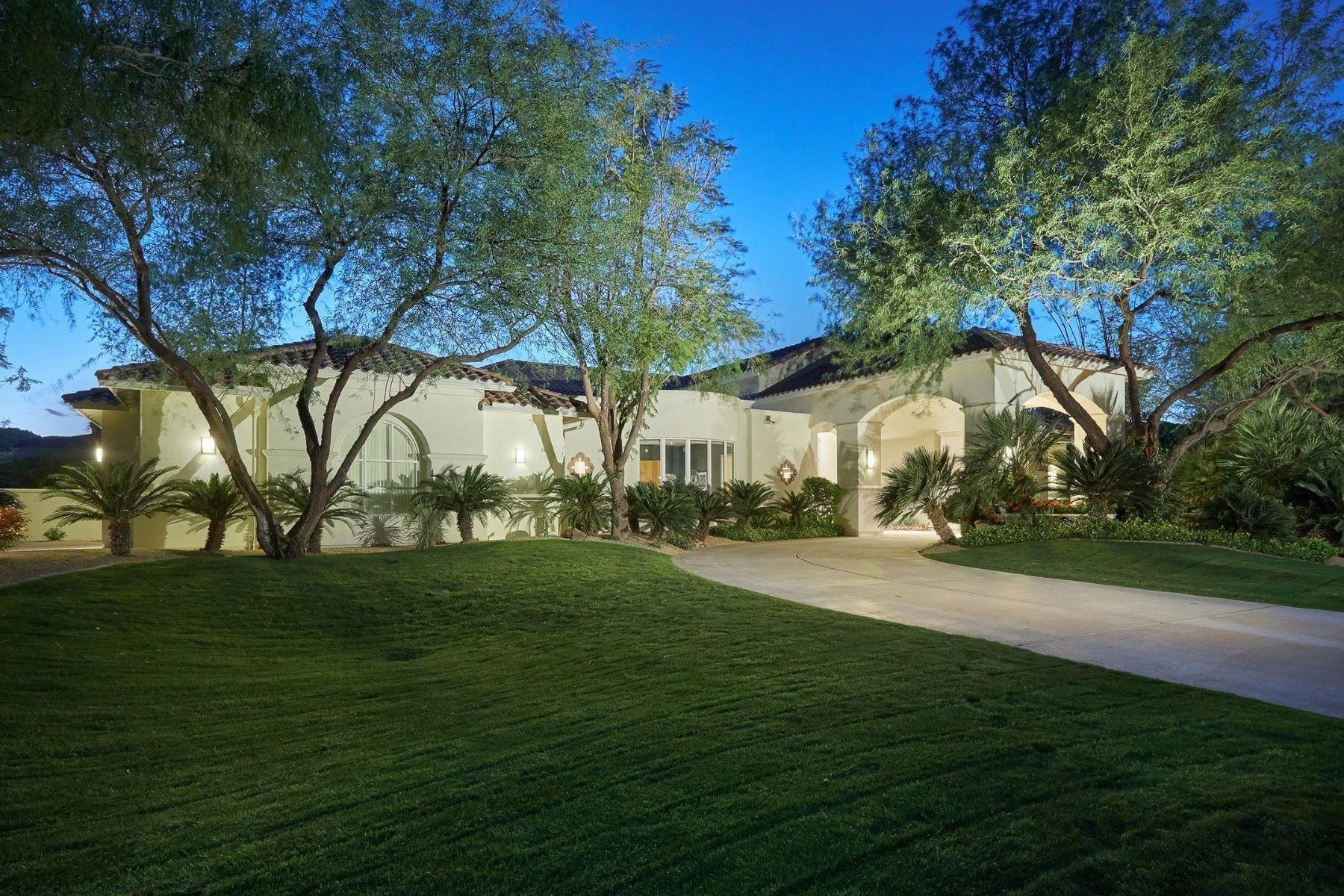 Tek Ailelik Ev için Satış at Newest and only listing in the exclusive guard gated Cheney Estates 7560 N 71st St Paradise Valley, Arizona, 85253 Amerika Birleşik Devletleri