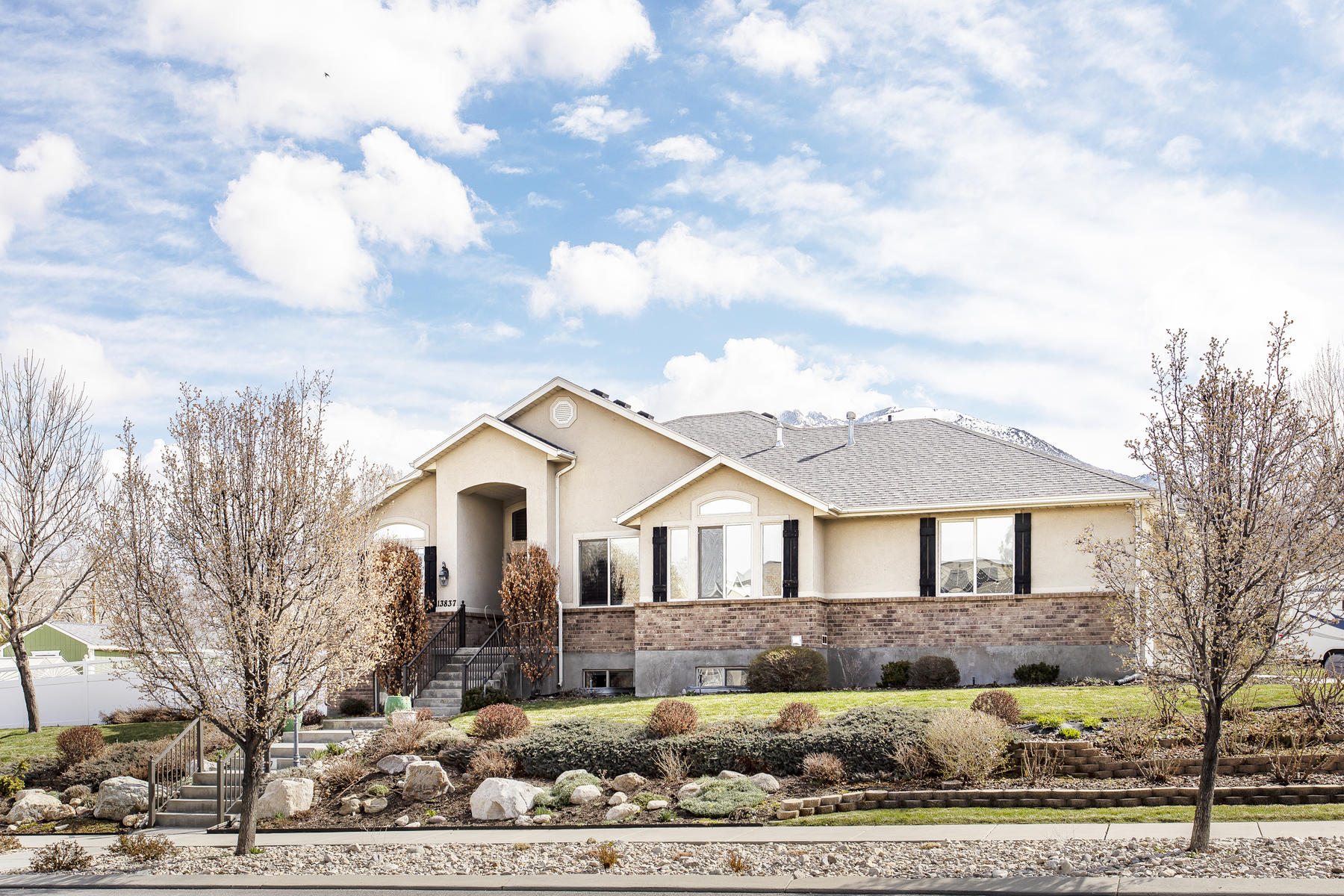 Single Family Homes for Sale at Stylish Draper Rambler With Exceptional Yard And Scenic Views 13837 S Osborne Ln Draper, Utah 84020 United States