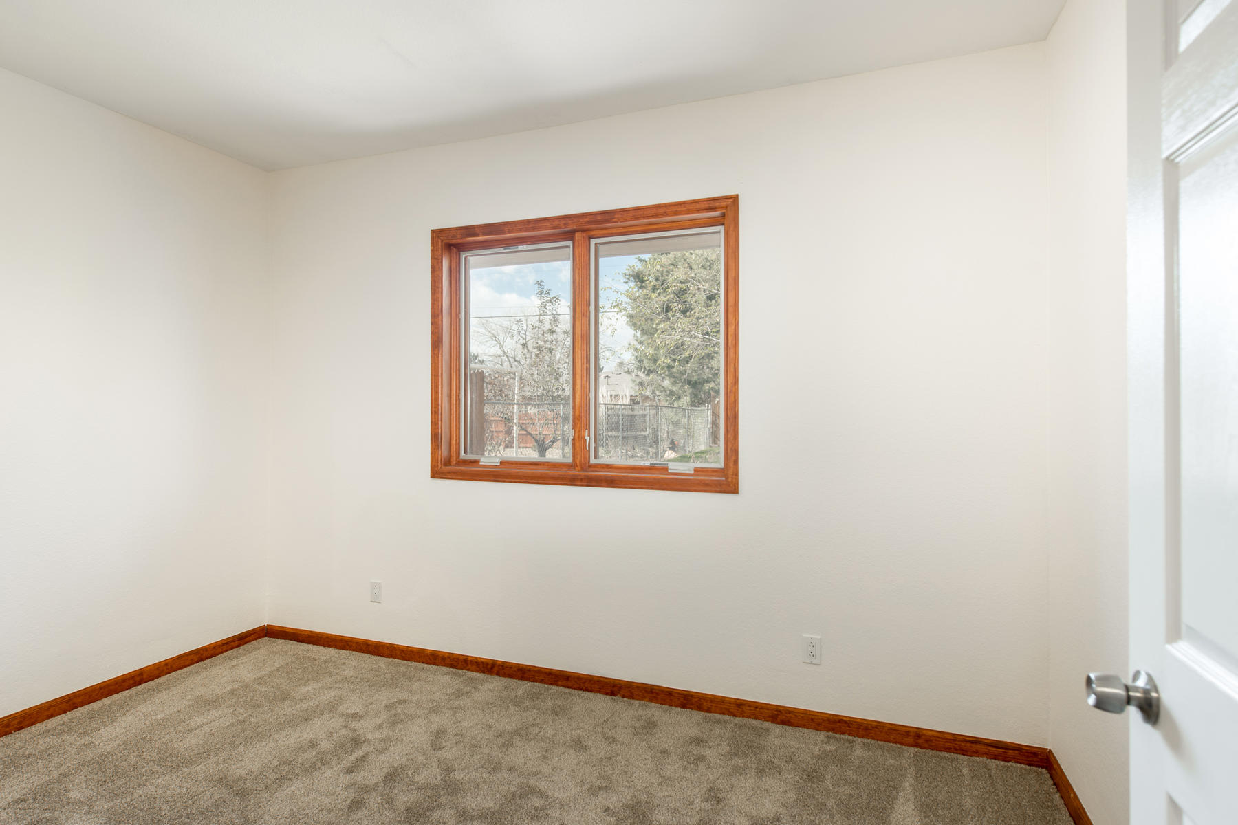 Additional photo for property listing at Wonderful remodeled home: everything here is new! 2921 S Corona St Englewood, Colorado 80113 United States