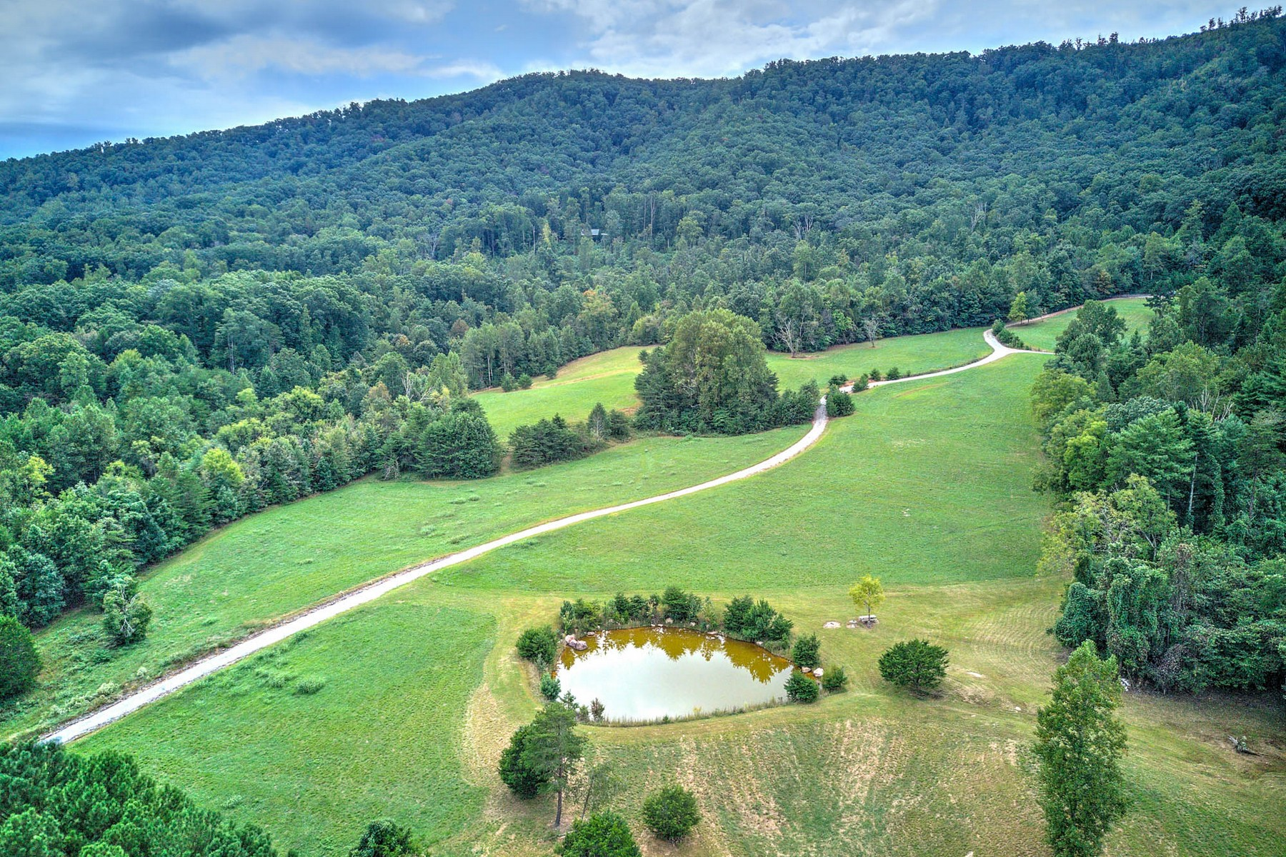 Land for Sale at Acreage On Starr Mountain 2395 and 2355 Mecca Pike Englewood, Tennessee 37329 United States