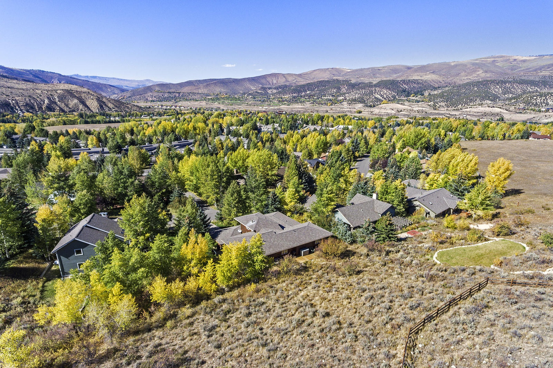 Additional photo for property listing at Desirable Homestead Home 162 Creamery Edwards, Colorado 81632 United States