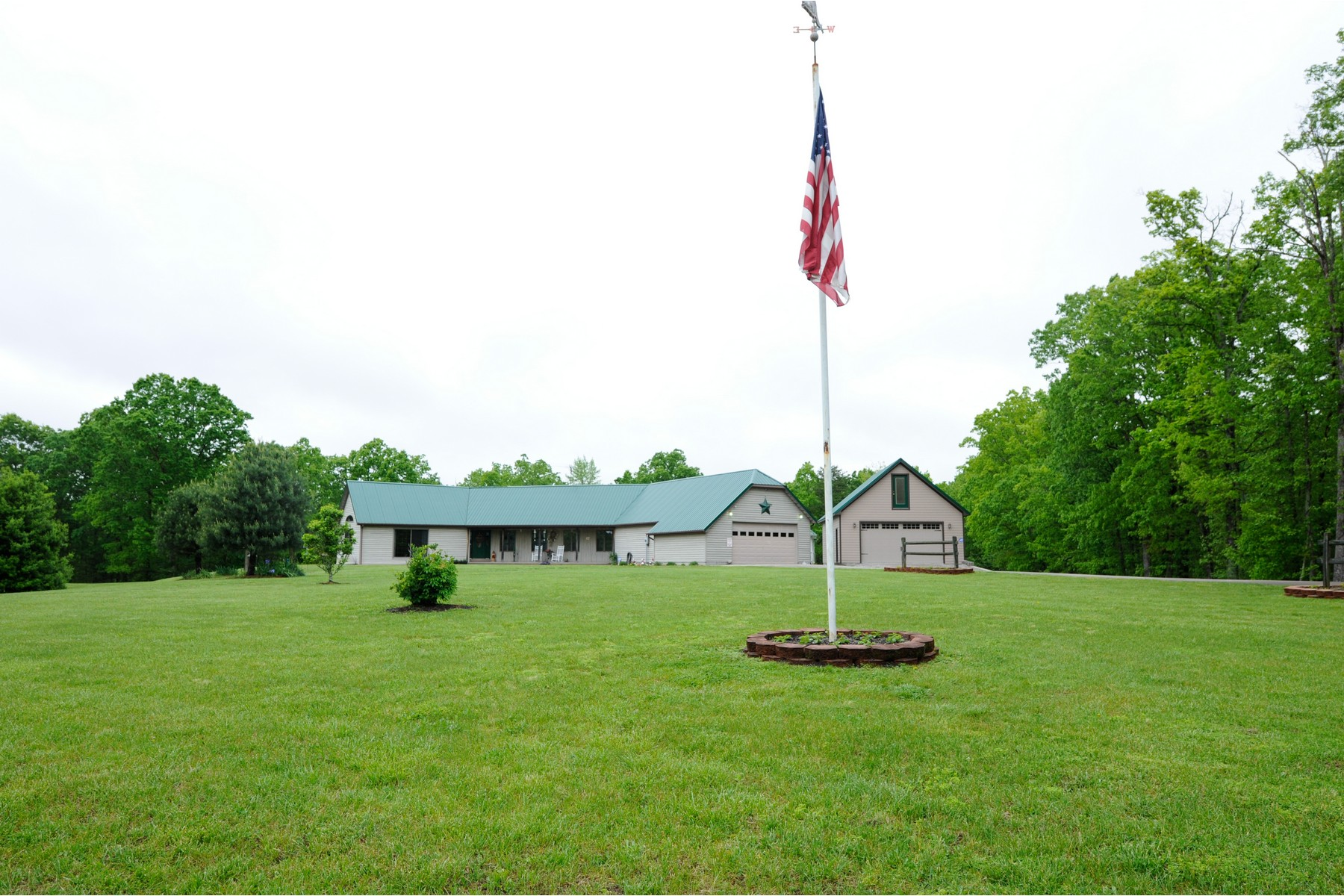 Farm / Ranch / Plantation للـ Sale في 113 Faulkner Branch Road Clay City, Kentucky 40312 United States