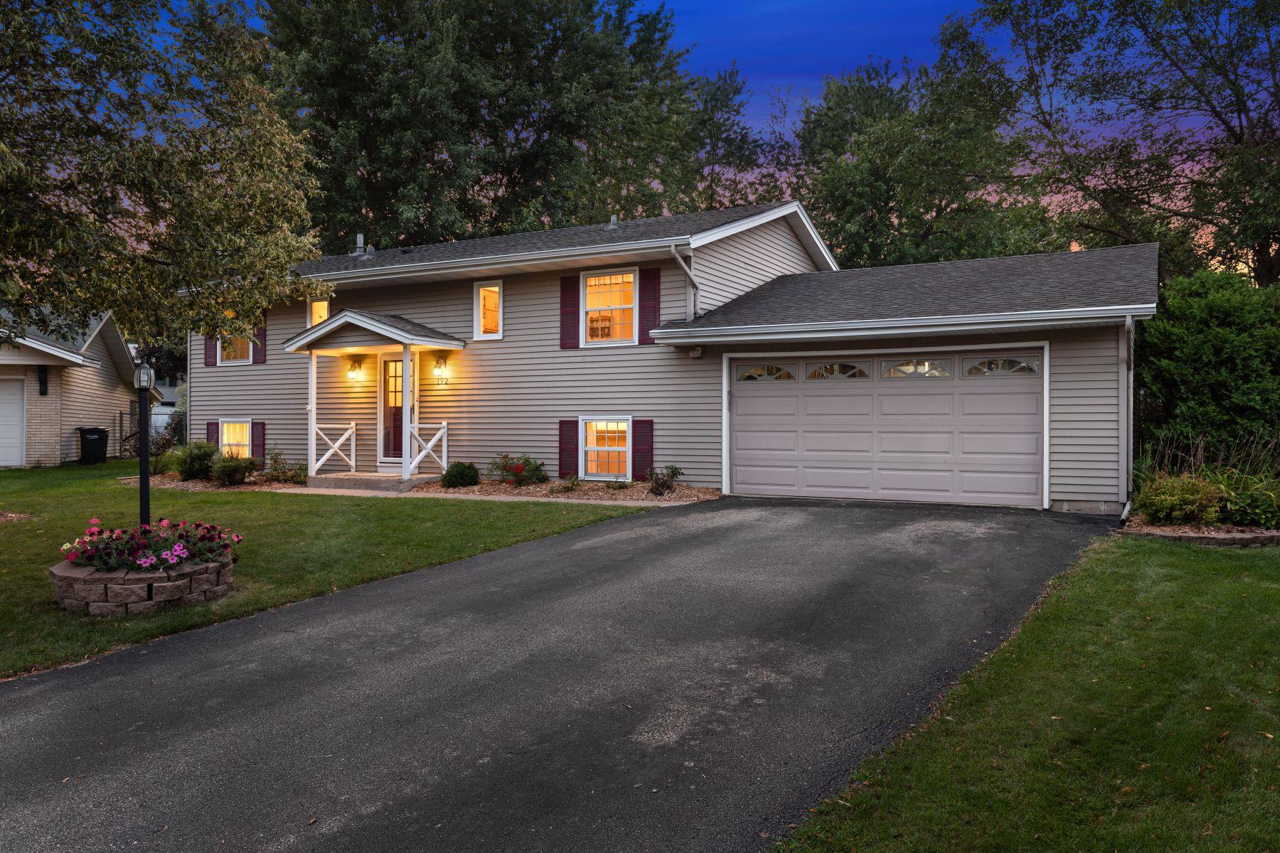 Single Family Homes voor Verkoop op Apple Valley, Minnesota 55124 Verenigde Staten