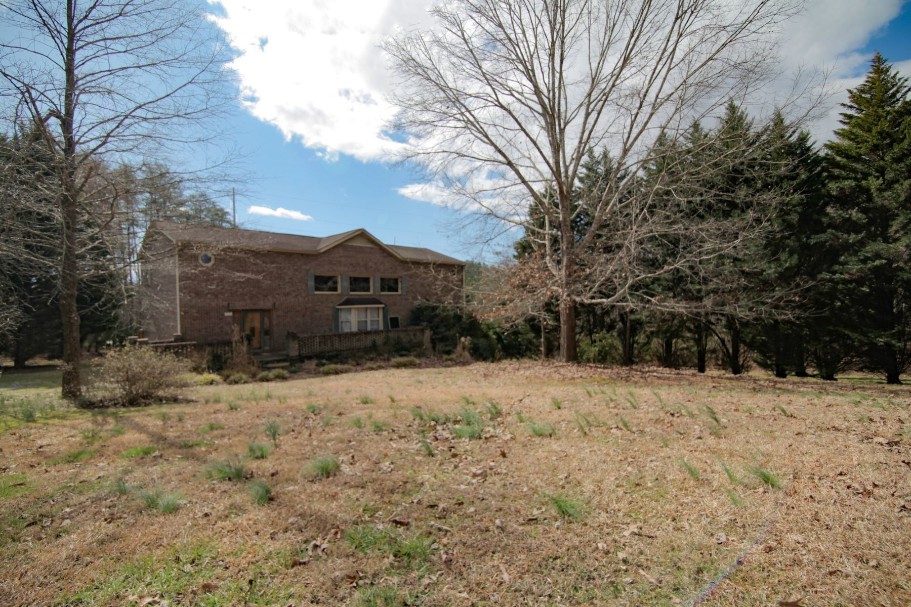 Single Family Homes for Sale at 268 Painter Road Mill Spring, North Carolina 28756 United States