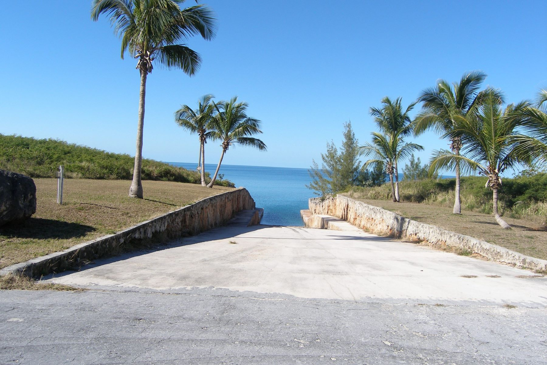 Additional photo for property listing at Beautiful Residential Lot with Sea Views Governors Harbour, 엘레우테라섬 바하마