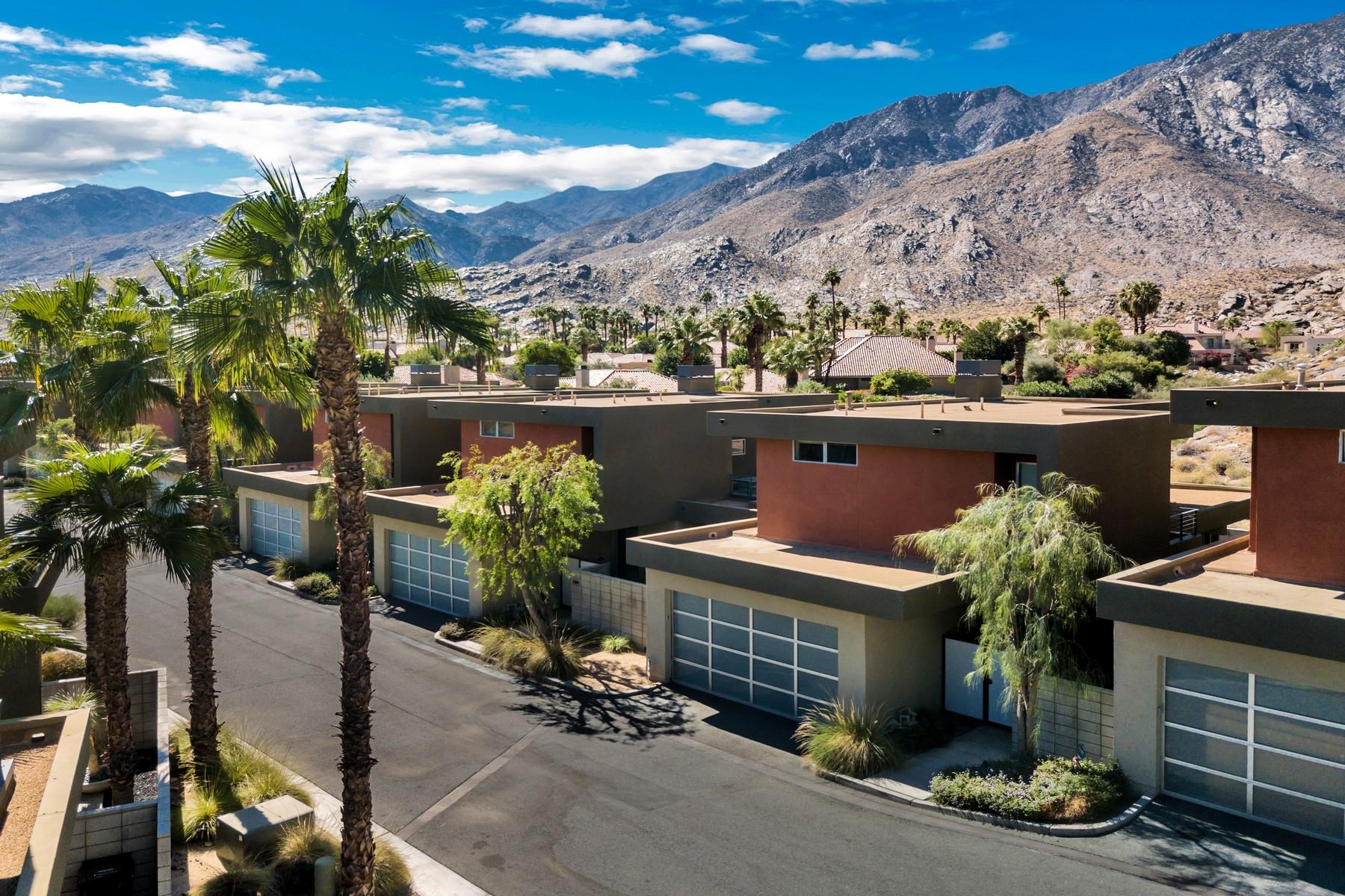 Casa unifamiliar adosada (Townhouse) por un Venta en 2819 S Palm Canyon Drive Palm Springs, California, 92264 Estados Unidos