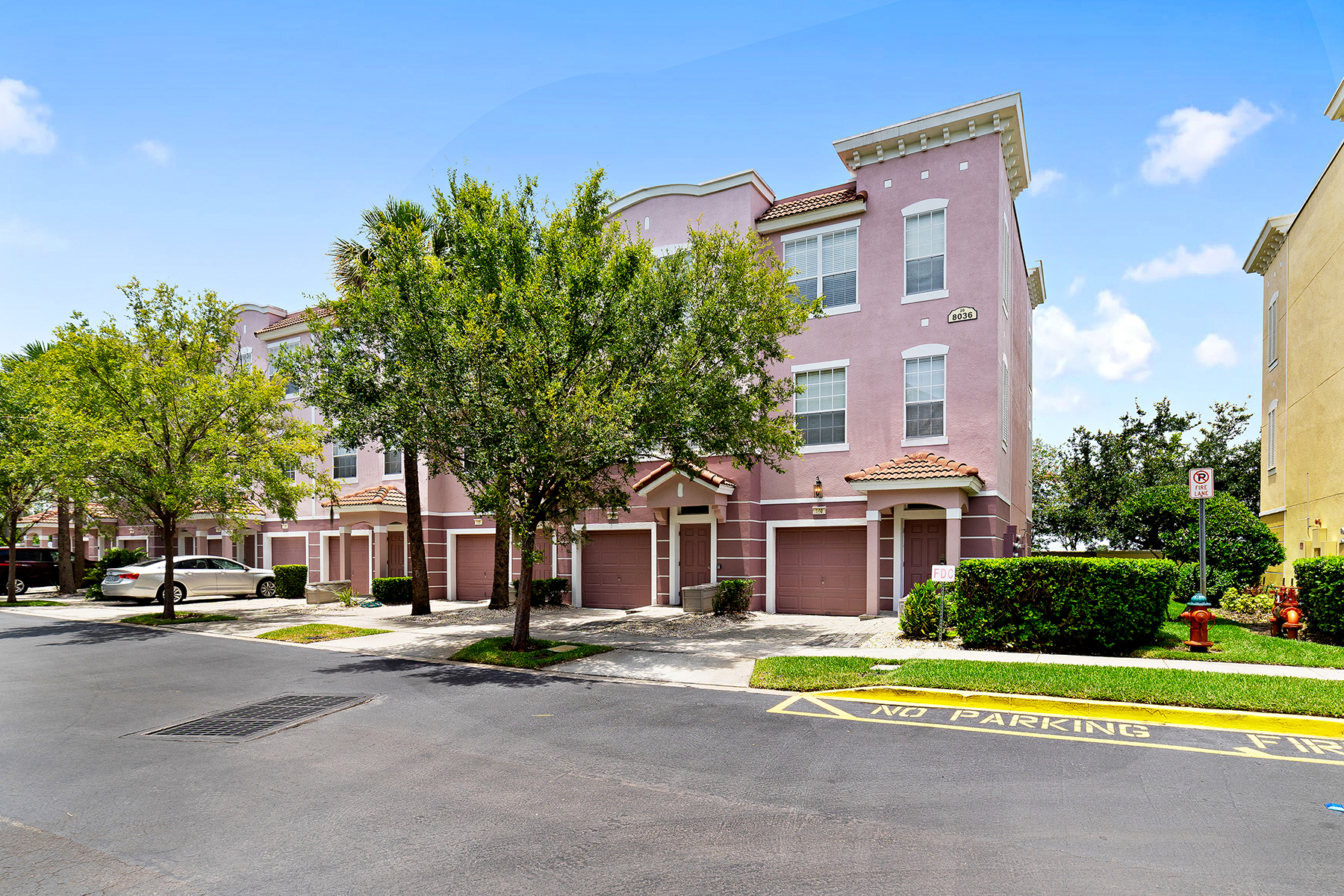 townhouses for Sale at ORLANDO 8036 Cool Breeze Dr , 139 Orlando, Florida 32819 United States