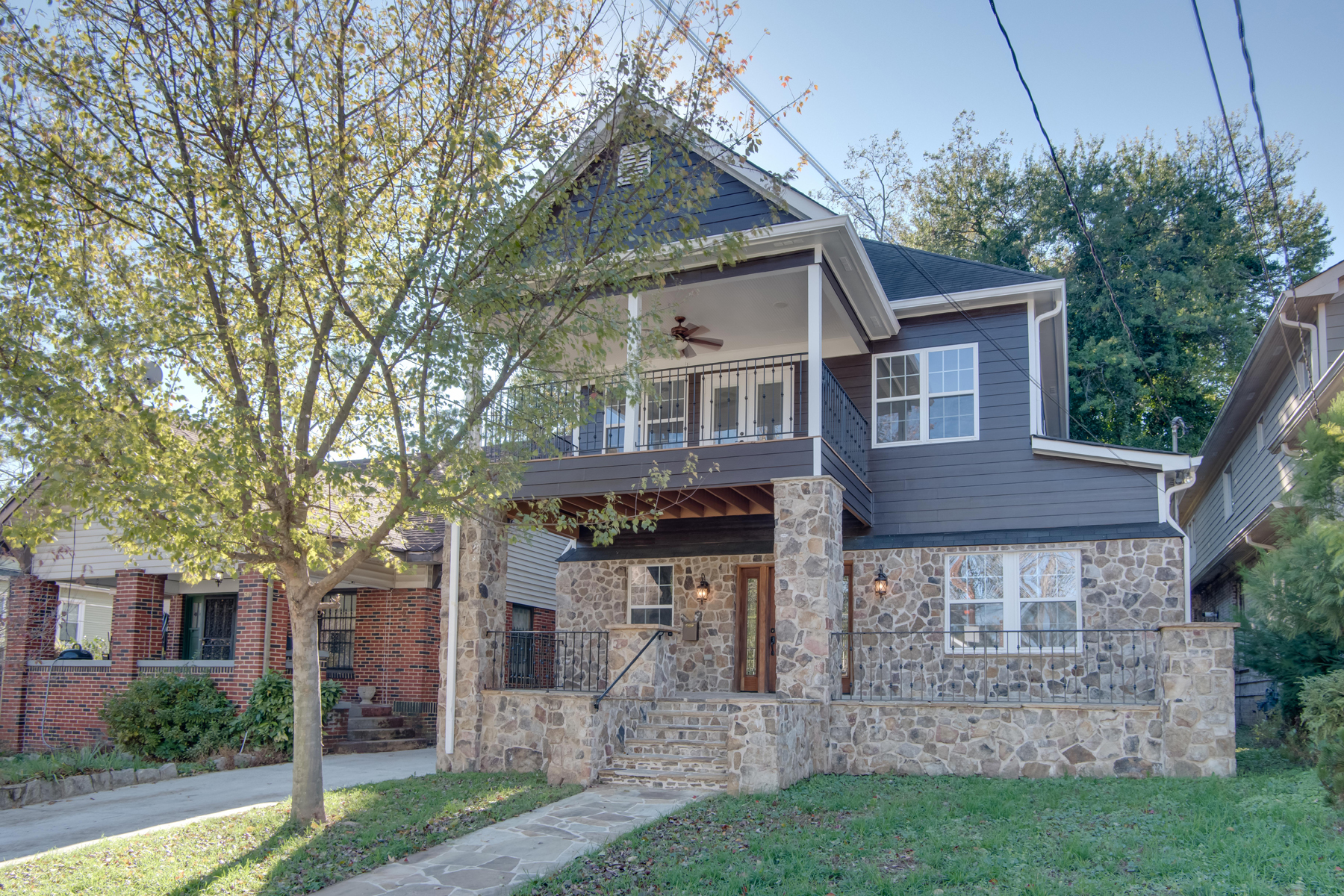Vivienda unifamiliar por un Venta en Spacious Five Bedroom Home In Hot Old Fourth Ward 505 Angier Avenue NE Atlanta, Georgia 30308 Estados Unidos
