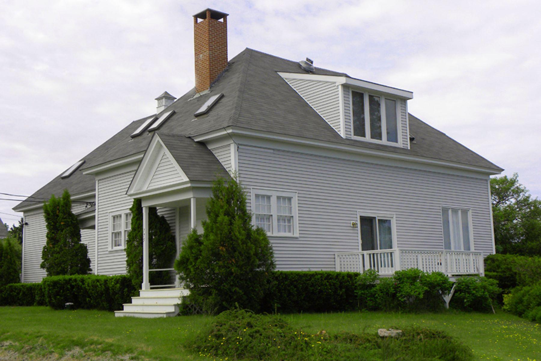 Multi-Family Homes للـ Sale في 175A Harbor Drive Unit #1, Tremont, Maine 04685 United States