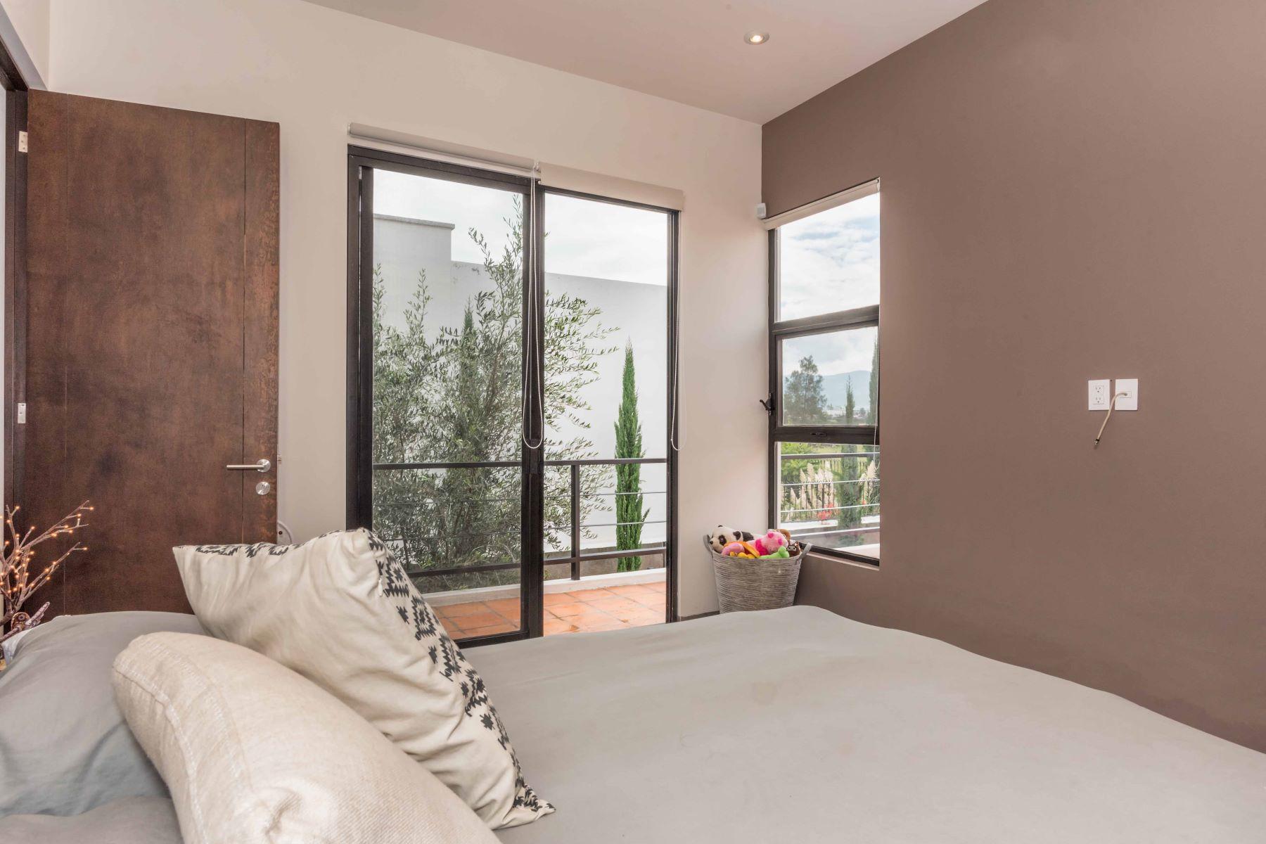 Additional photo for property listing at CASA PIXIE Atascadero, San Miguel De Allende, Guanajuato Mexico