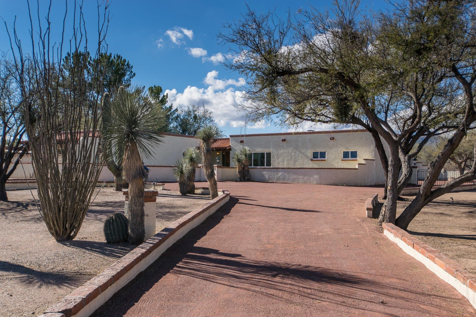 Single Family Homes for Sale at Charming Three Bedroom Home with Views 2364 Camino Esplendido Tubac, Arizona 85646 United States
