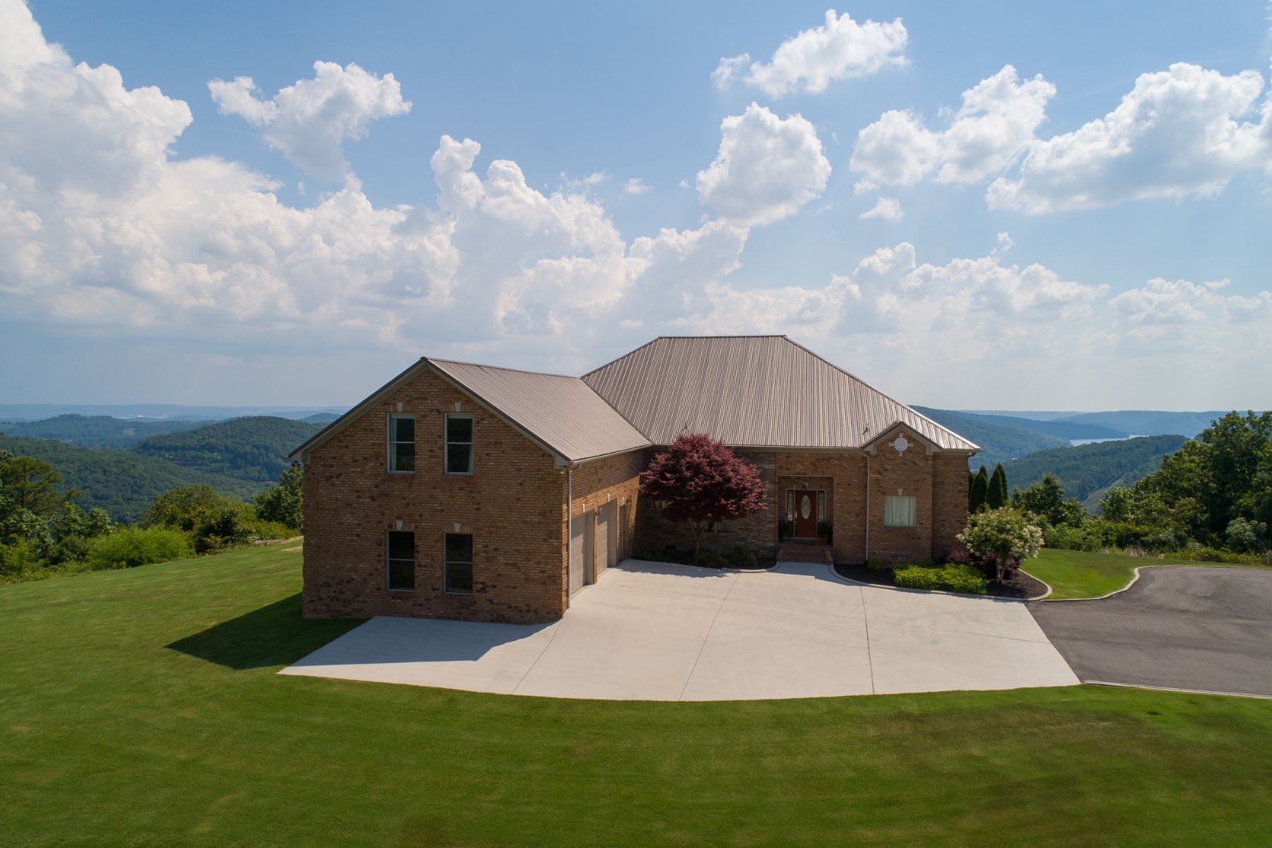 Single Family Homes for Active at 1000 Starnes Loop Road Grant, Alabama 35747 United States
