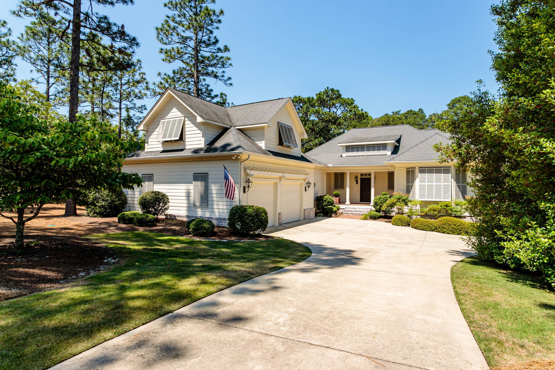 Single Family Homes for Active at 1 Granville Dr. Pinehurst, North Carolina 28374 United States