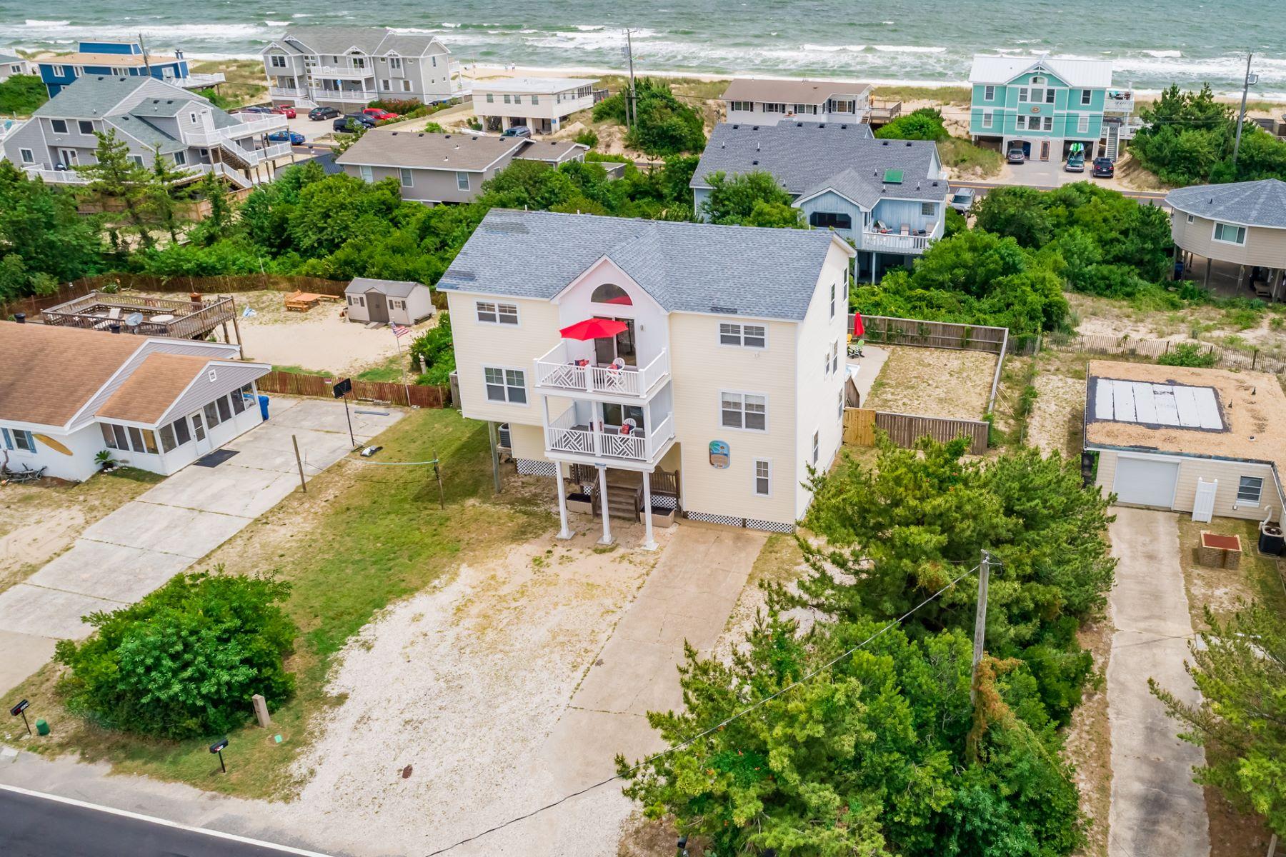 """Single Family Homes のために 売買 アット 2928 Sandpiper Road, Virginia Beach, VA 23456 """"Island Hopper"""" Virginia Beach, バージニア 23456 アメリカ"""