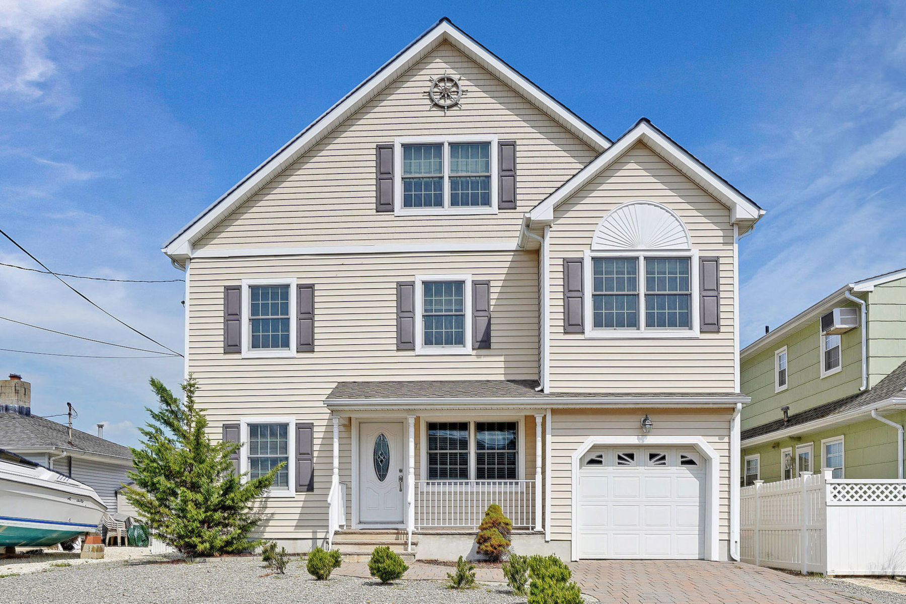 Single Family Home for Sale at Water Front Living 17 Crane Way, Toms River, New Jersey 08753 United States
