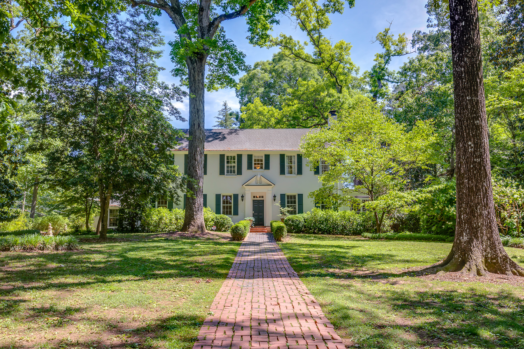 Single Family Homes for Sale at One of the most graceful alluring estates in the City of Decatur 755 Kirk Road Decatur, Georgia 30030 United States