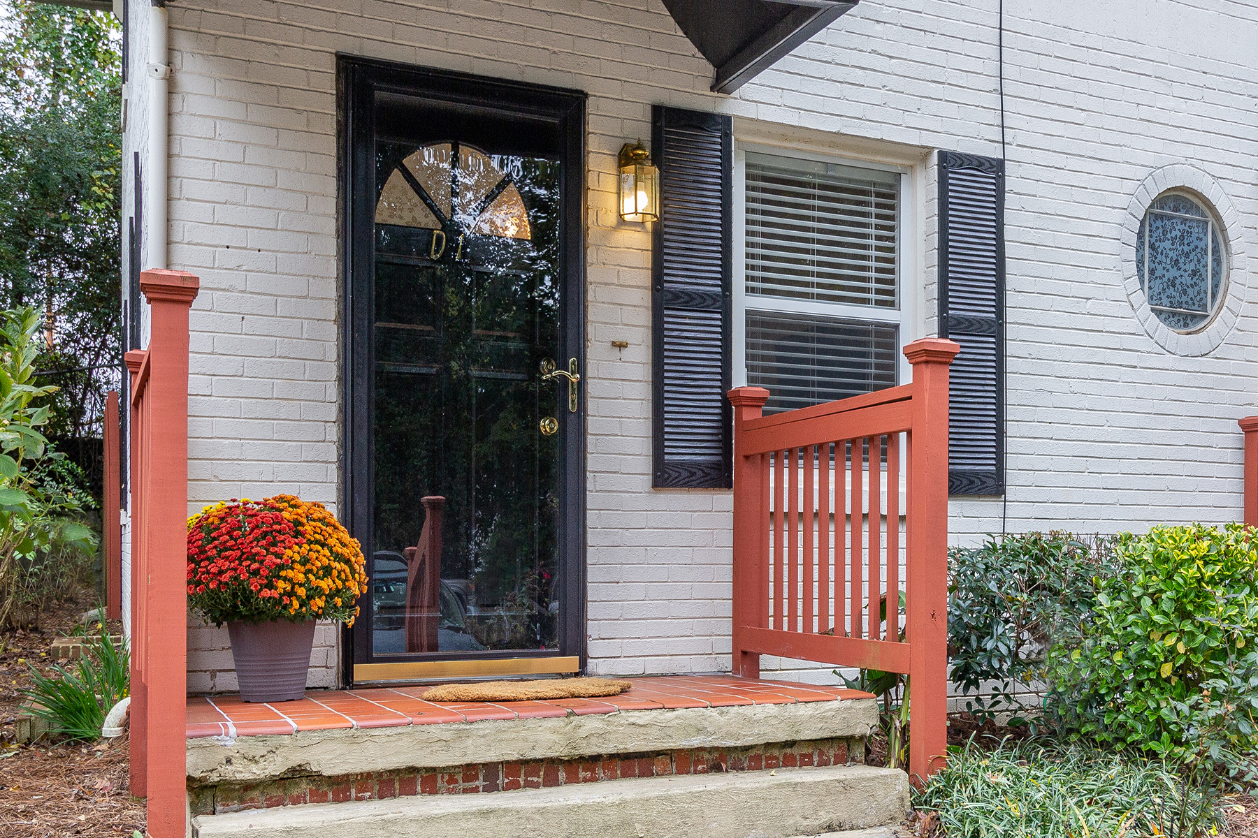 Townhouse for Sale at Emory Heights Townhome with Private Fenced Back Patio 2477 Decatur Rd D1 Decatur, Georgia 30033 United States