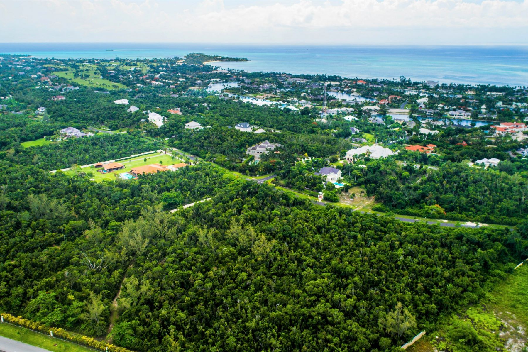 Land for Sale at Hibiscus Drive East Lot Lyford Cay, Nassau And Paradise Island Bahamas